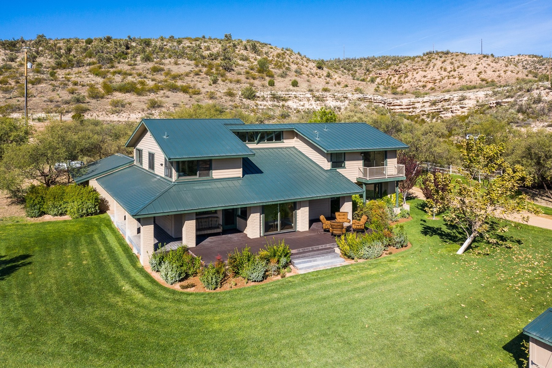 Single Family Homes for Active at Gorgeous New Home in Cornville 2845 S Sexton Ranch Rd Cornville, Arizona 86325 United States