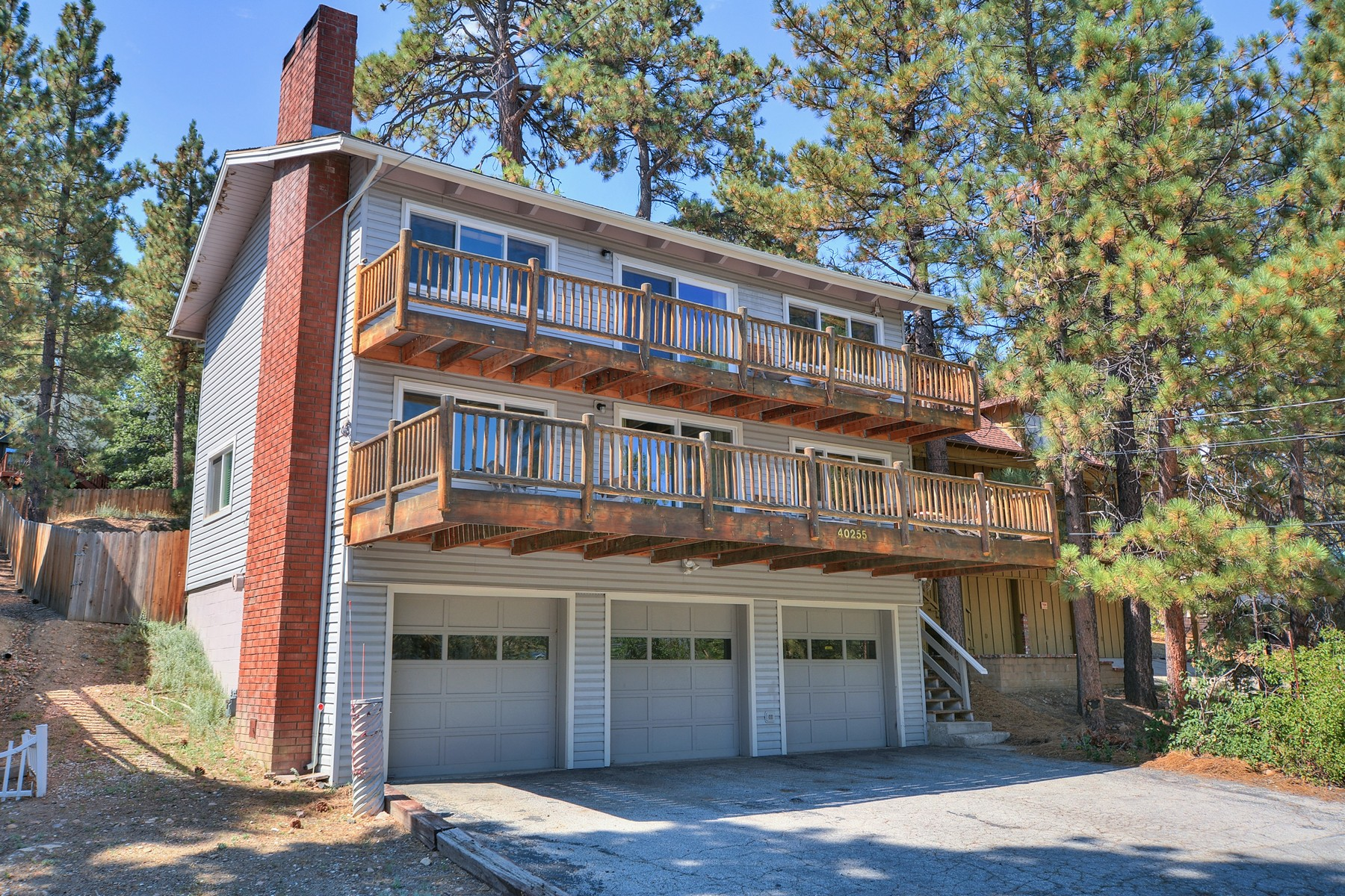 Single Family Home for Sale at 40255 Lakeview Drive, Big Bear Lake, California, 92315 Big Bear Lake, California 92315 United States