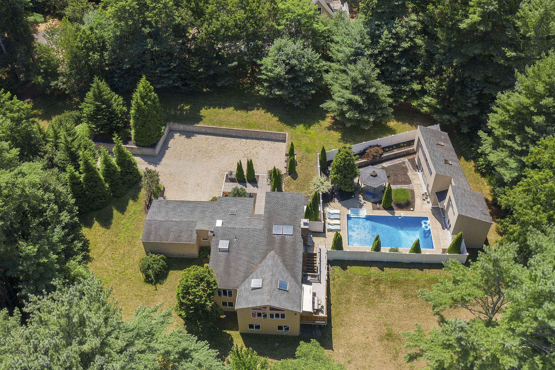 Single Family Homes for Sale at Private Mid-Century Modern 52 School Street Duxbury, Massachusetts 02332 United States