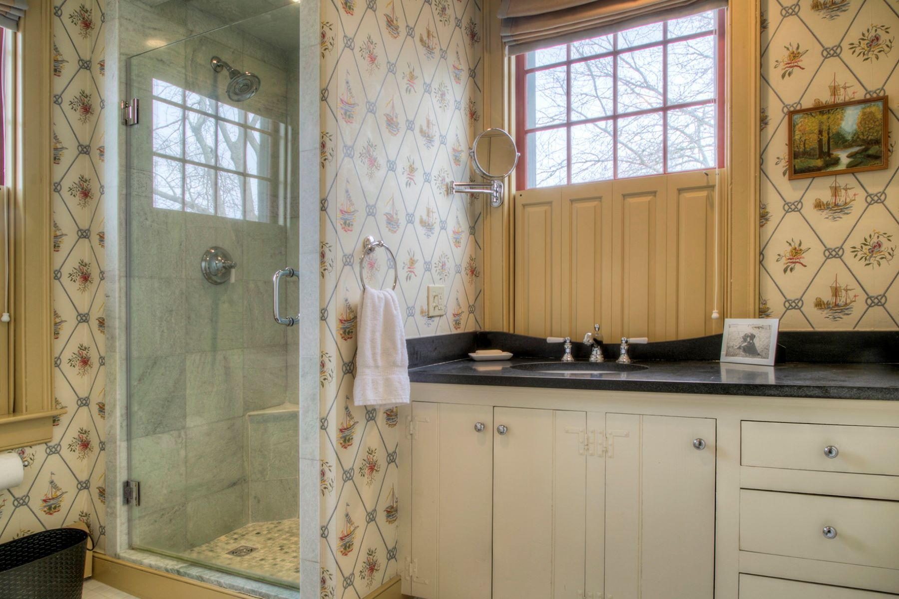 Additional photo for property listing at Classic Point Colonial 67 Bridge Street Newport, Rhode Island 02840 United States