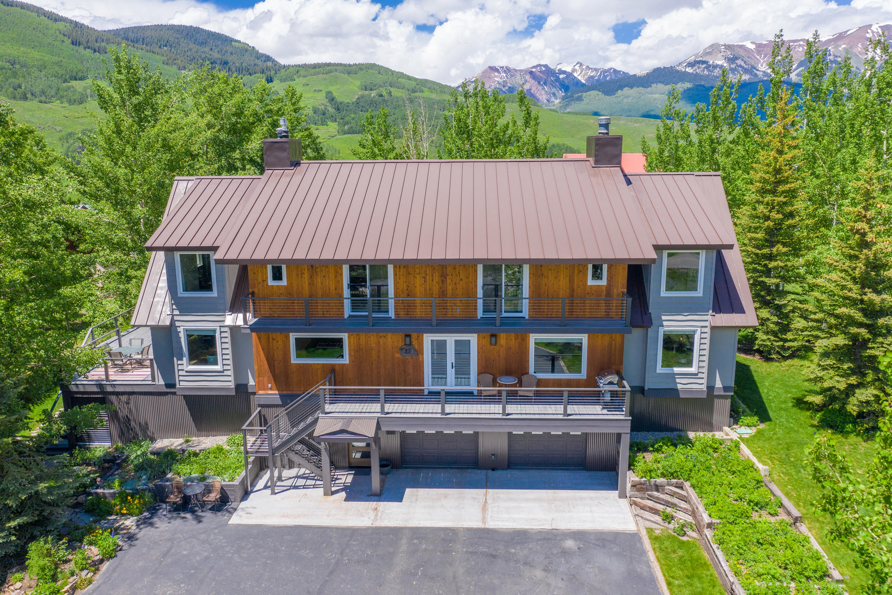 Single Family Homes for Active at Spectacular Mountain Home 27 Belleview Drive Mount Crested Butte, Colorado 81225 United States