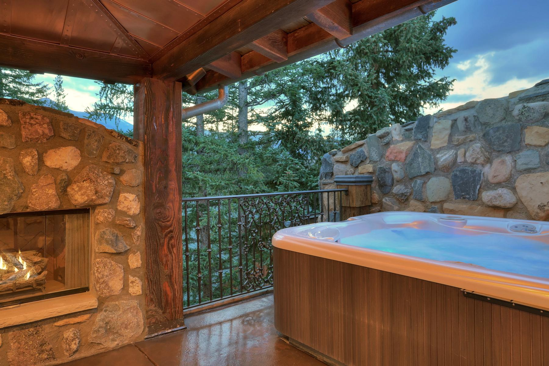 Additional photo for property listing at Castle on The Blue 165 River Park Drive Breckenridge, Colorado 80424 United States