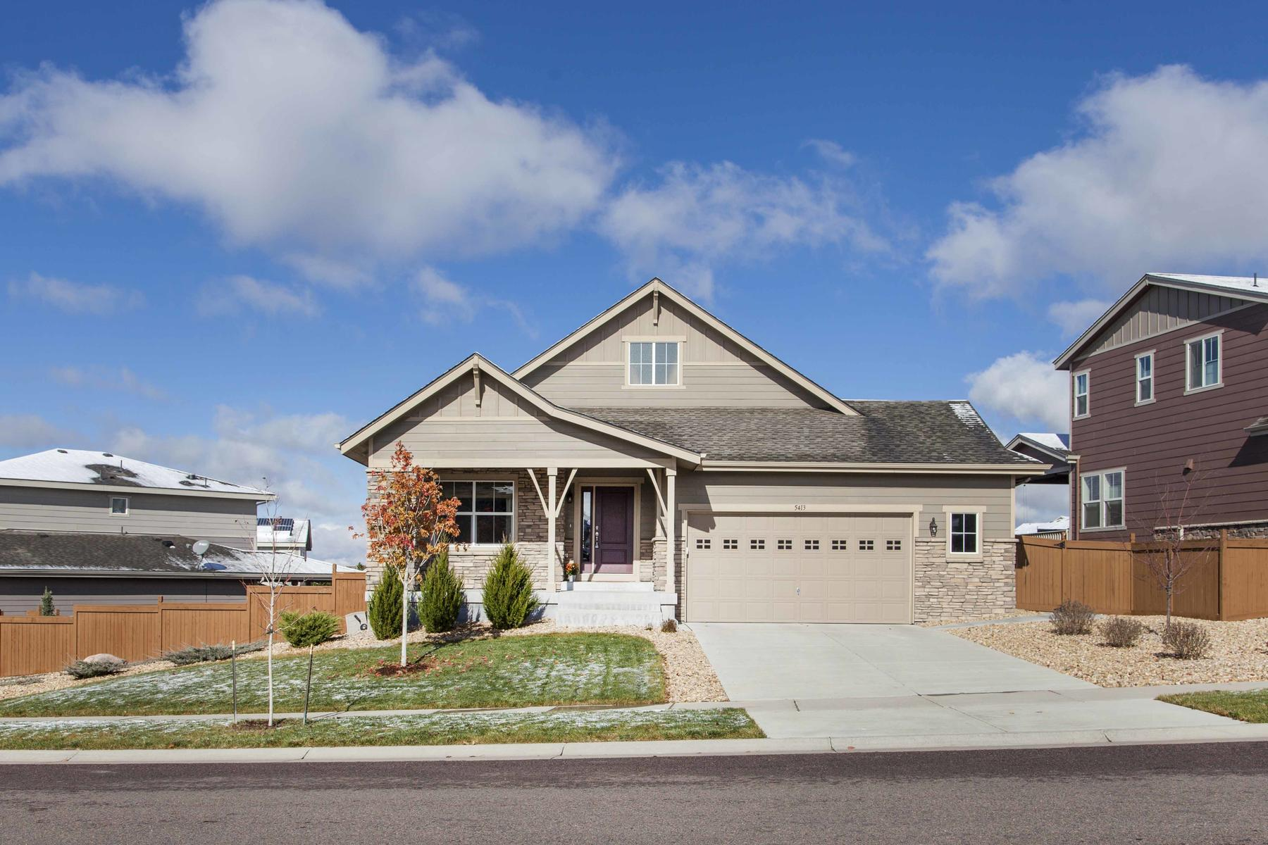 Single Family Home for Active at This Home Looks Like It Has Never Been Lived In! 5413 S Granby Way Aurora, Colorado 80015 United States