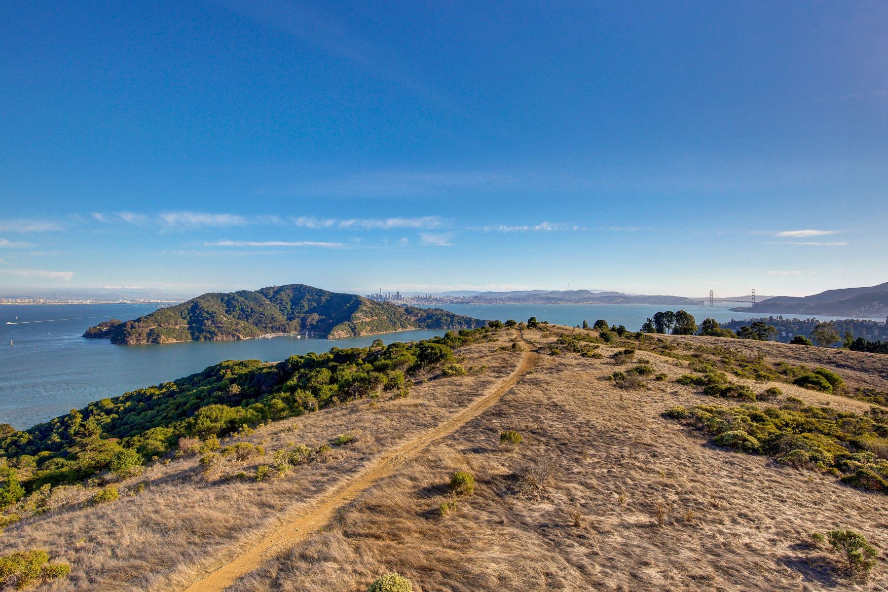 Additional photo for property listing at Easton Point! Easton Point Tiburon, California 94920 United States