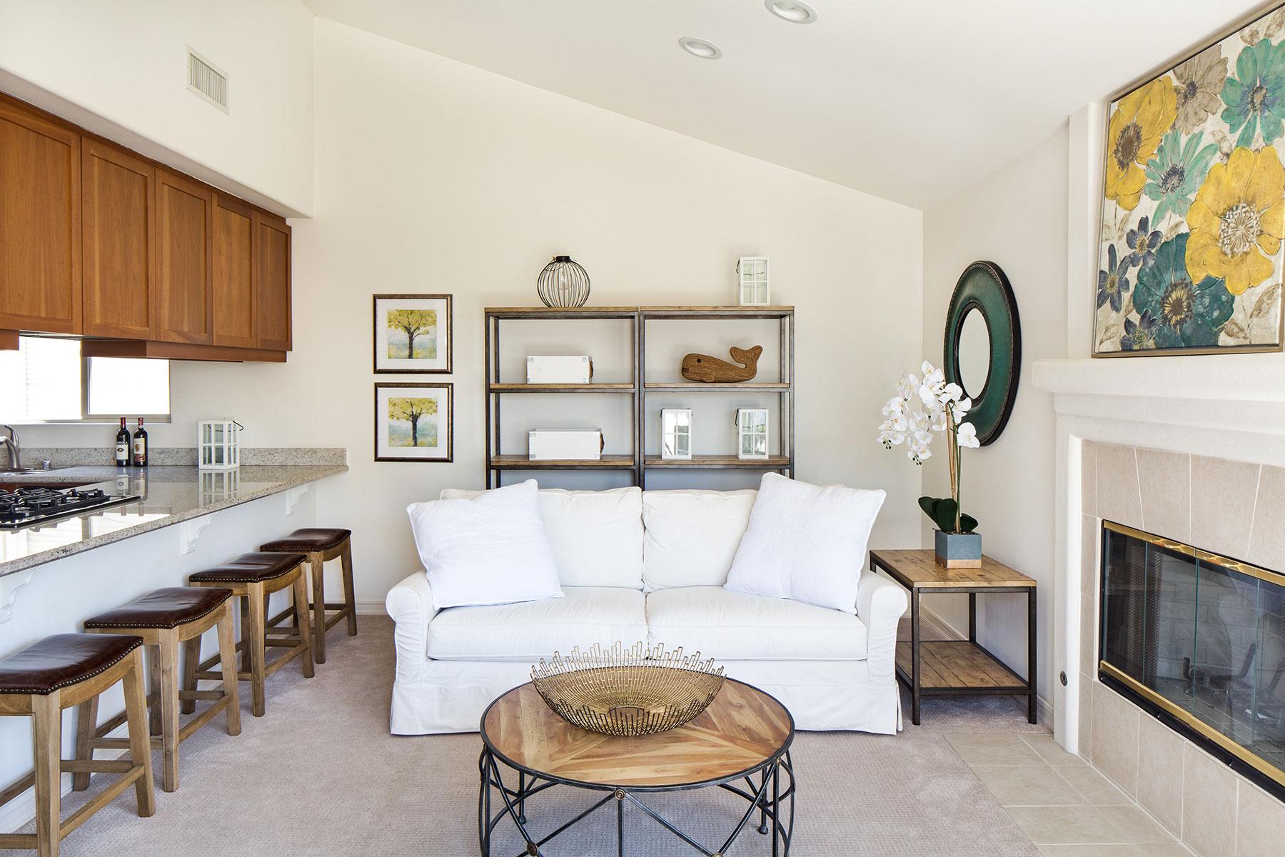 Condomínio para Venda às 706.5 Larkspur Ave 706.5 Larkspur Ave #2 Corona Del Mar, Califórnia, 92625 Estados Unidos