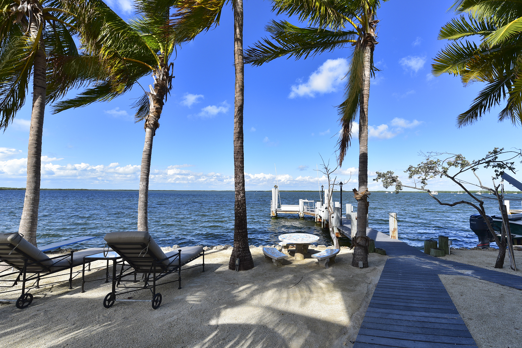 Additional photo for property listing at Perfect Island Setting 79 Ibis Lane Key Largo, Florida 33037 États-Unis