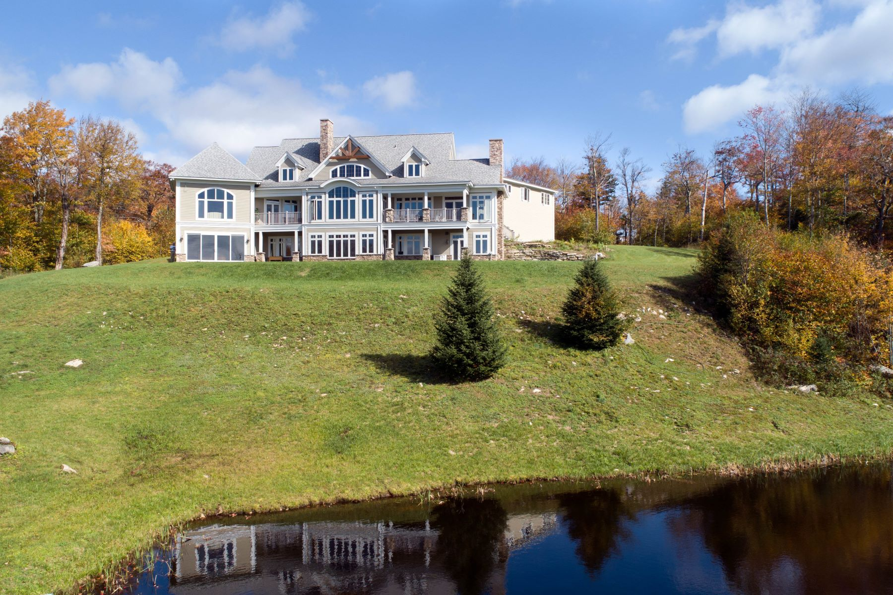 Single Family Home for Sale at 871 Stratton Arlington Road, Stratton 871 Stratton Arlington Rd Stratton, Vermont 05155 United States