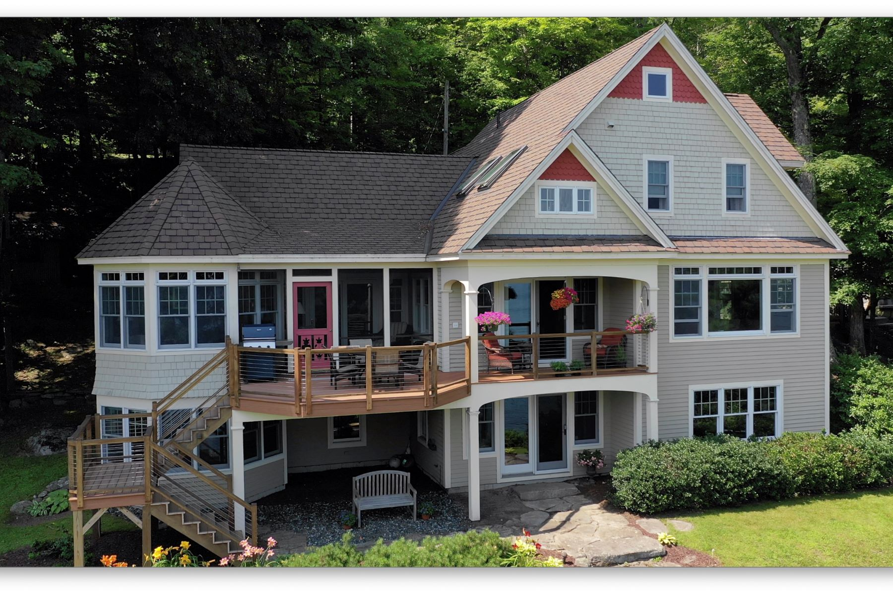 Single Family Homes por un Venta en Lake Sunapee 20 Edgemont Landing Rd Newbury, Nueva Hampshire 03225 Estados Unidos