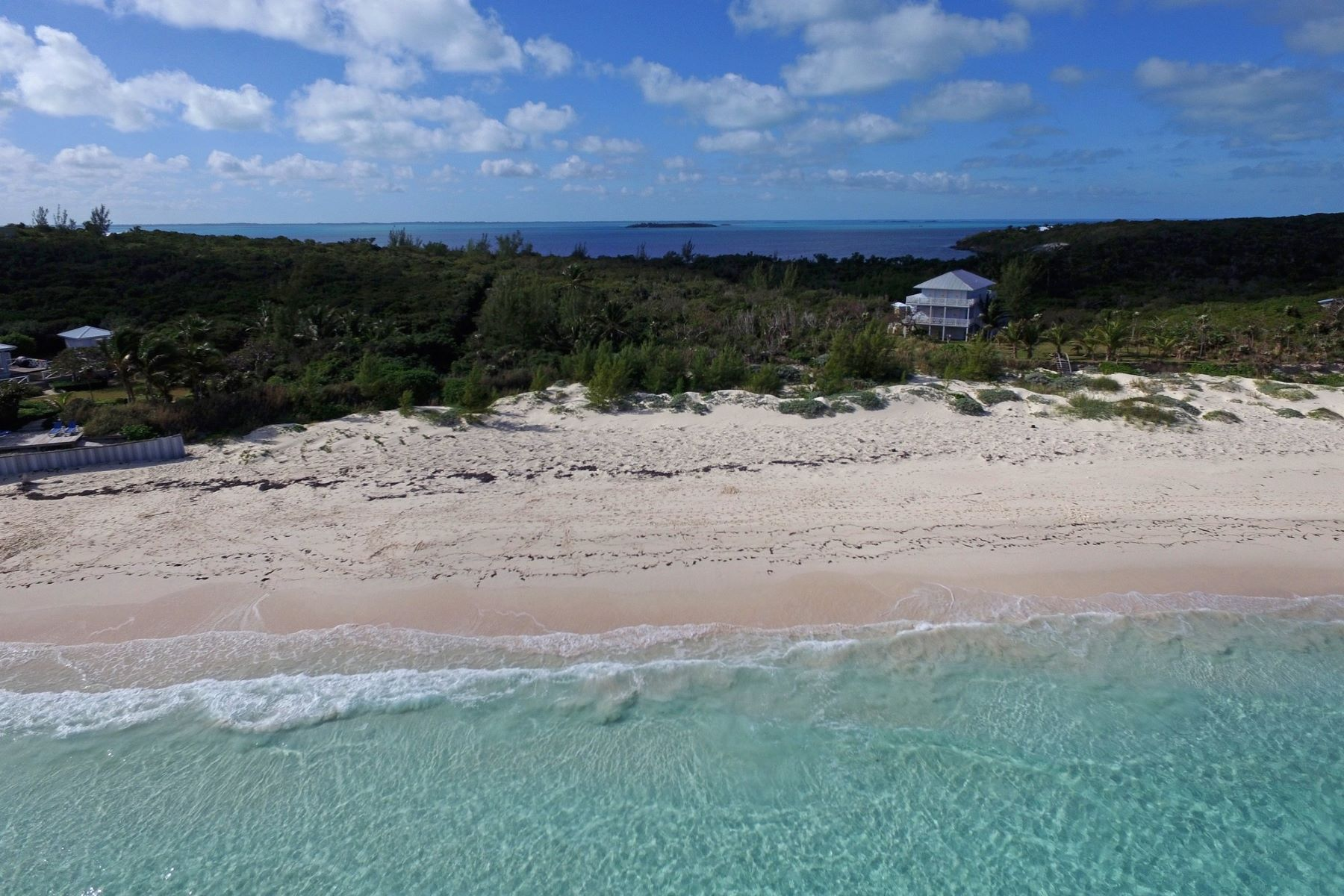 土地 为 销售 在 Thompson Waterfront Acreage Guana Cay, 阿巴科 巴哈马