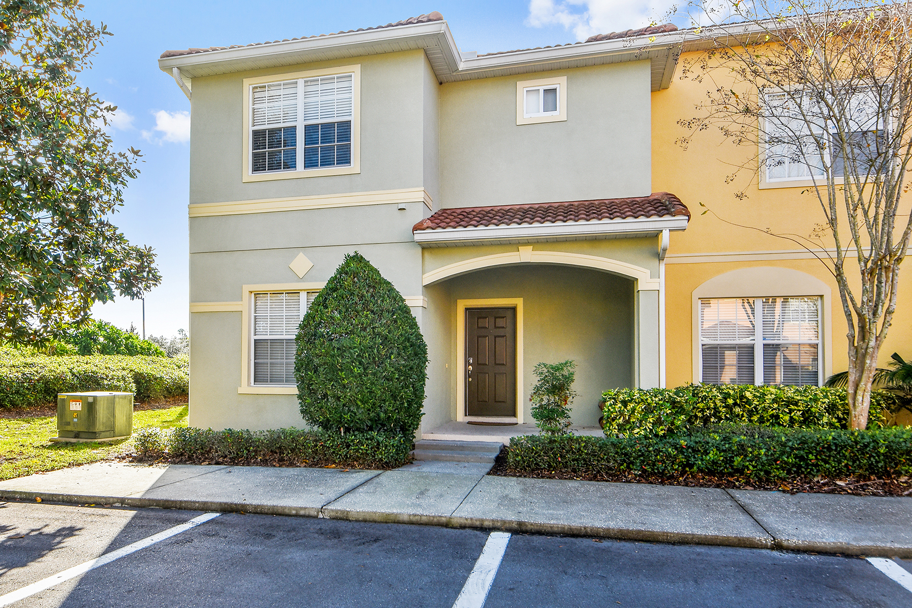 townhouses for Sale at KISSIMMEE 8981 Candy Palm Rd Kissimmee, Florida 34747 United States