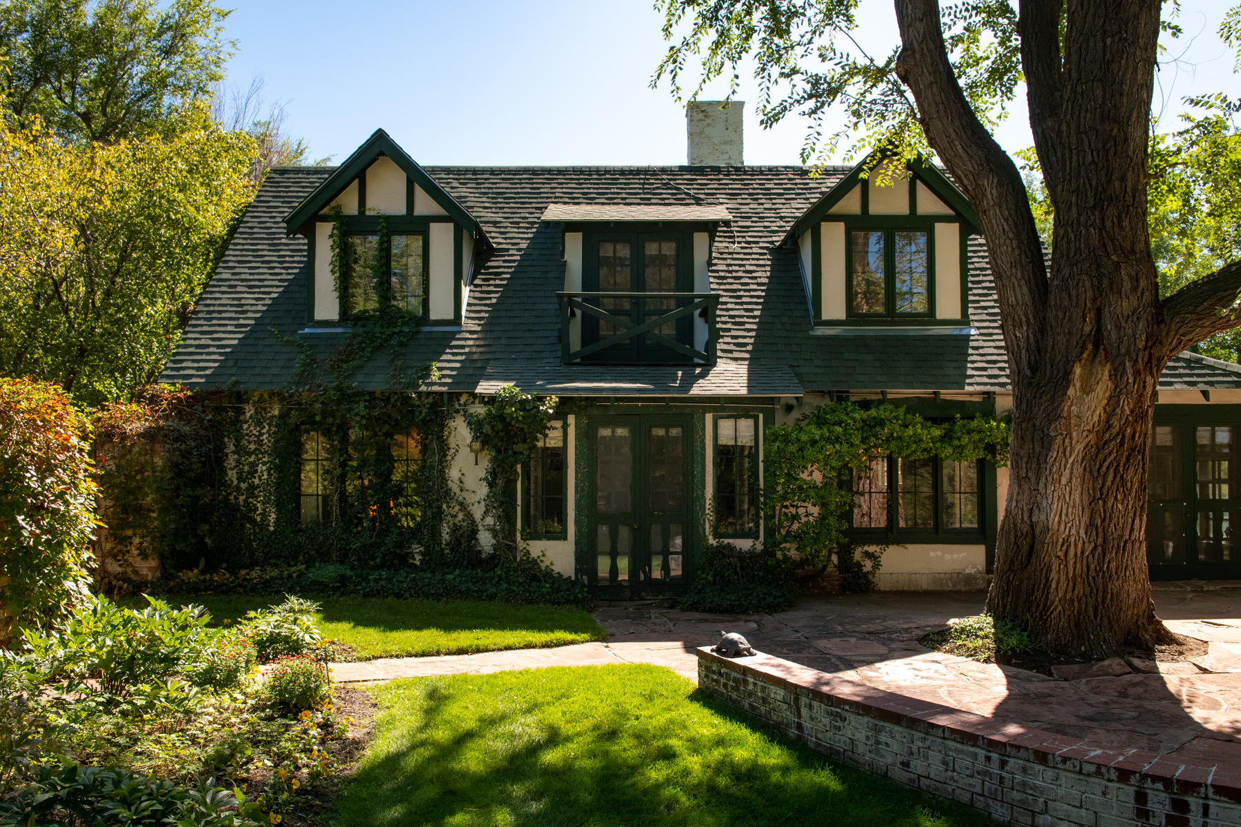 Single Family Homes for Sale at Private & Charming Country Home Surrounded by Greenwood Village's Open Space 4500 E Belleview Avenue Greenwood Village, Colorado 80121 United States