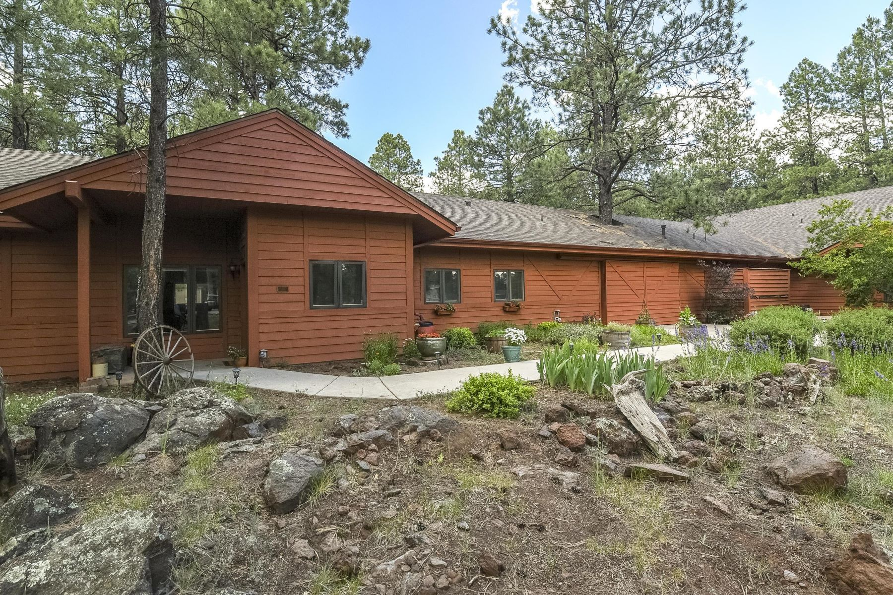 Single Family Homes for Active at Equestrian Estates 2640 W Kiltie LN Flagstaff, Arizona 86005 United States