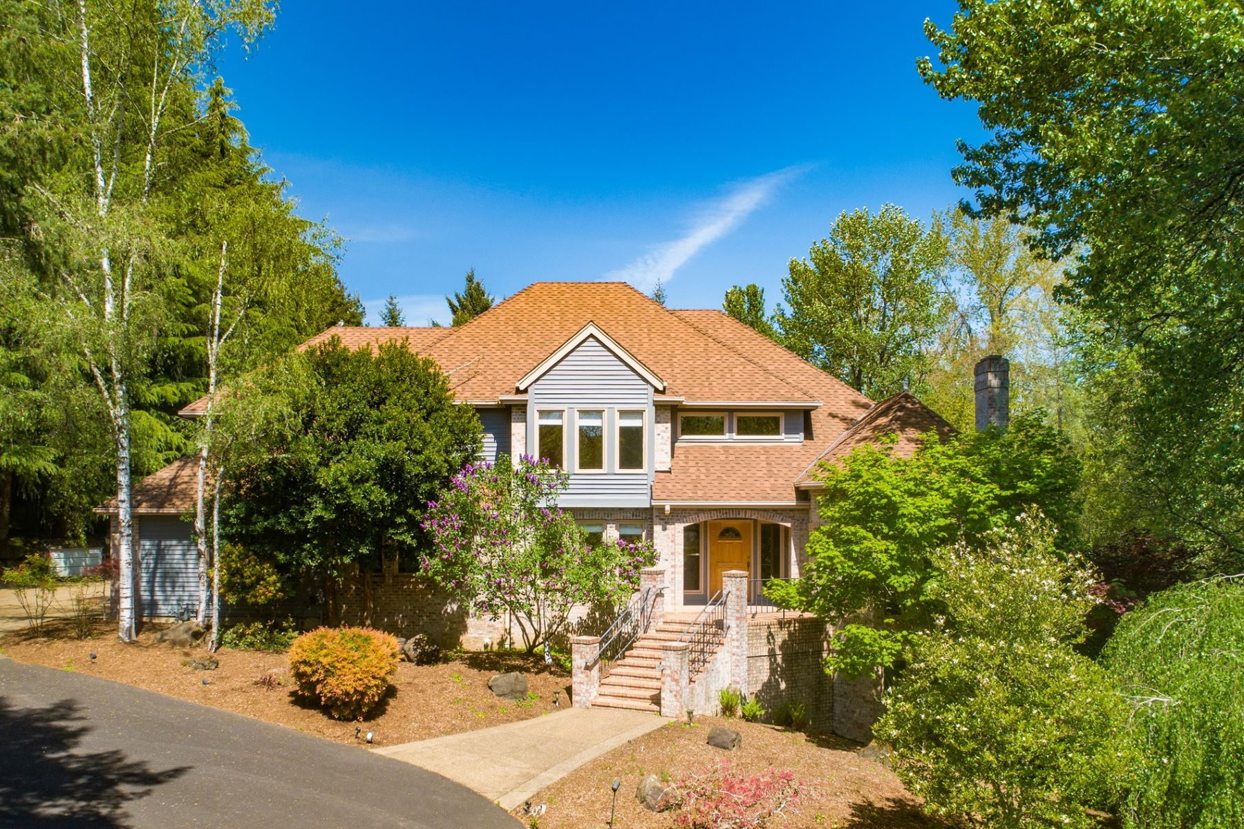 Single Family Homes 為 出售 在 McMinnville, 俄勒岡州 97128 美國