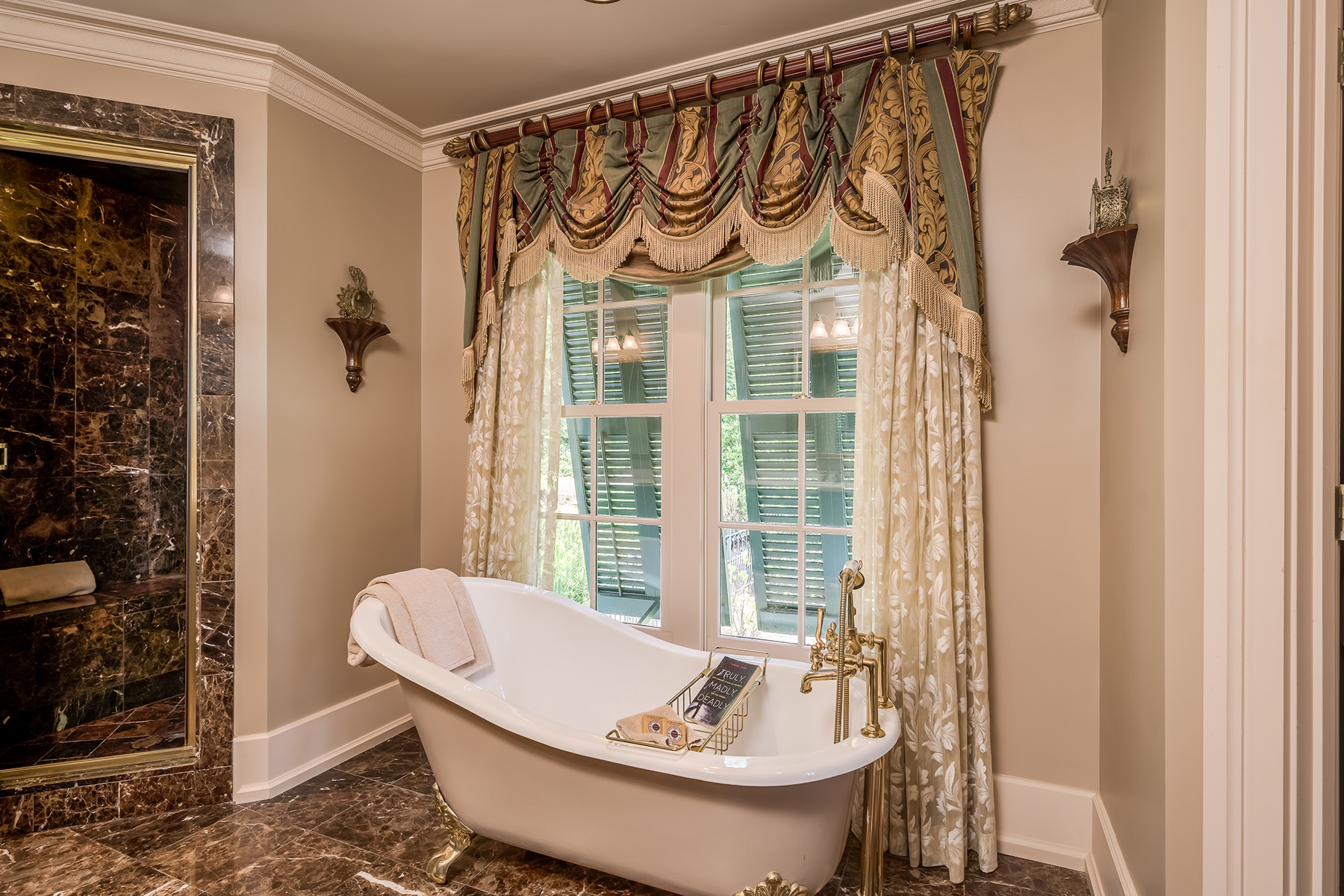 Additional photo for property listing at Private, Gated - One of the Most Exquisite Estates 316 Horseleg Creek Road SW, Roma, Georgia 30165 Estados Unidos