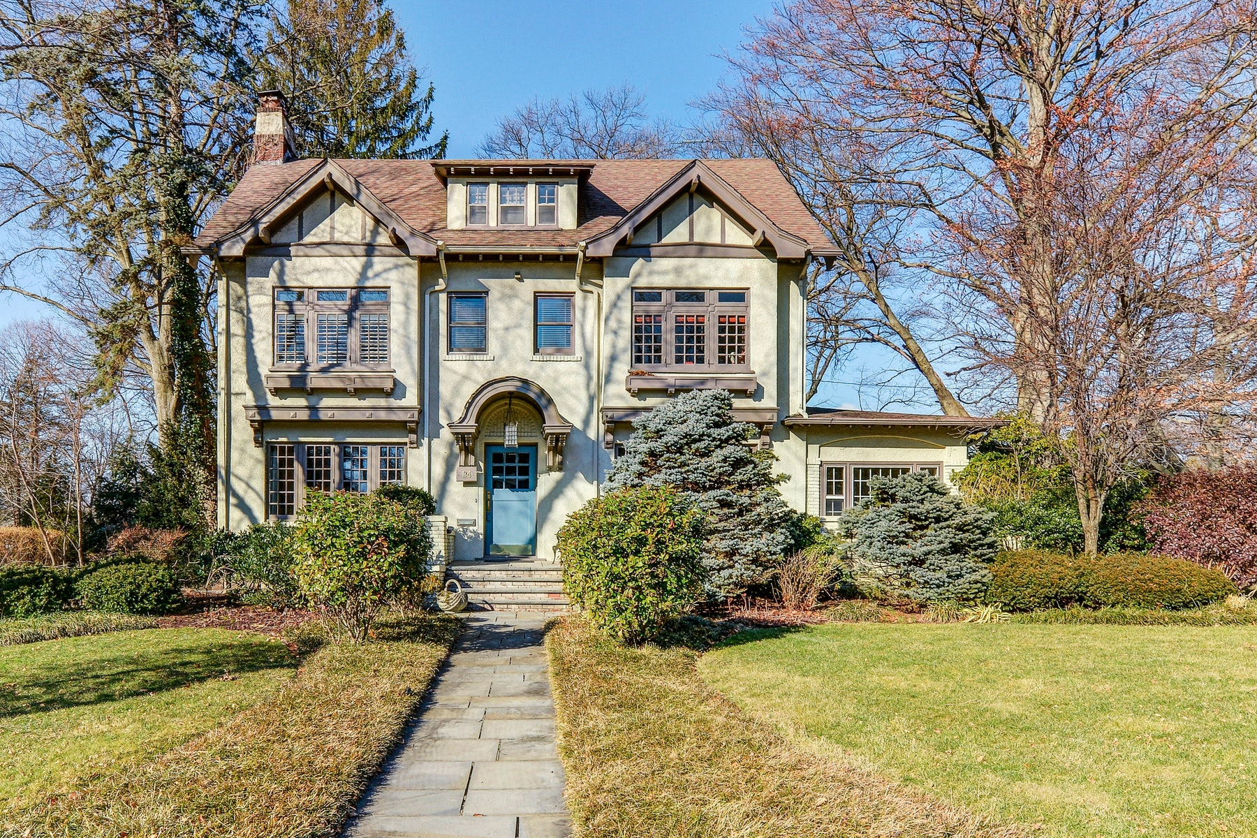 Single Family Homes for Sale at Majestic and Elegant! 94 Heights Road, Ridgewood, New Jersey 07450 United States