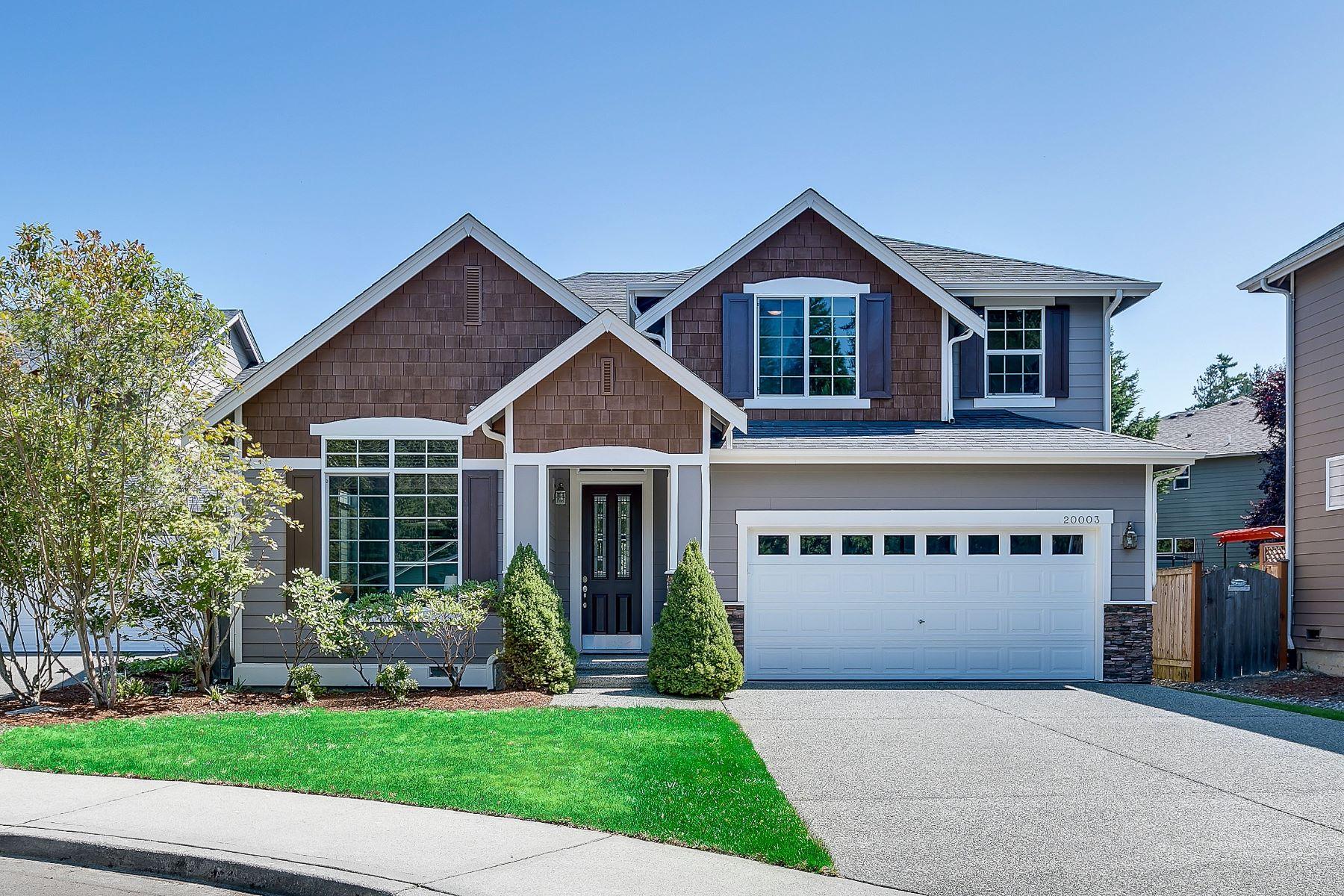 Single Family Homes for Sale at Lynnwood Beauty 20003 10th Ave W Lynnwood, Washington 98036 United States
