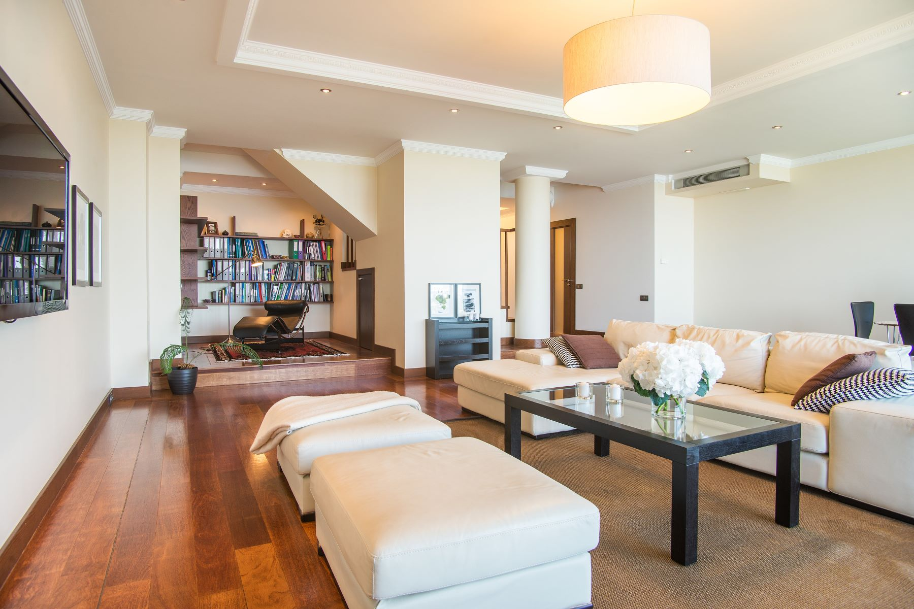 公寓 为 销售 在 Two level penthouse with the Daugava River view 里加, 拉脱维亚的其他地区, 拉脱维亚