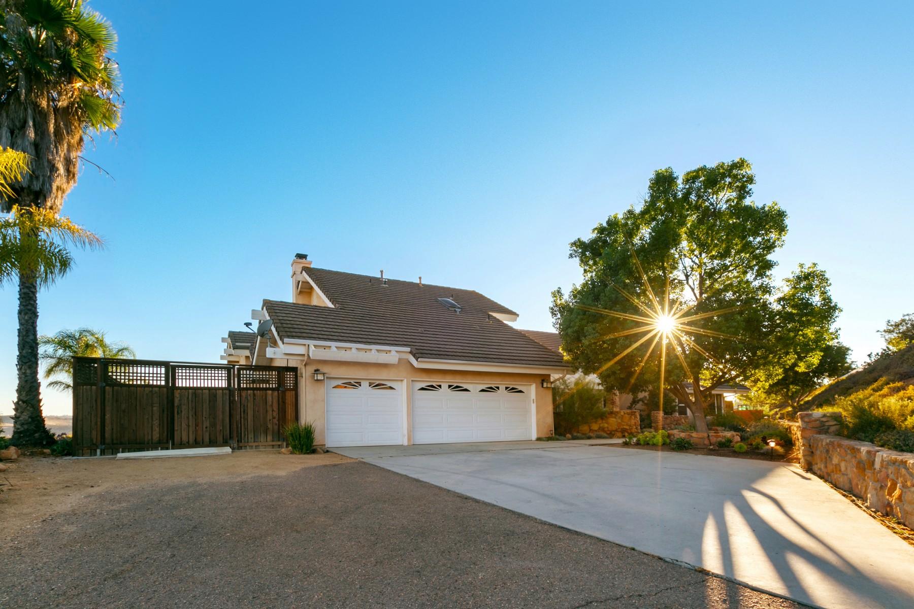 Single Family Homes para Venda às 14648 Sunrise Canyon Rd, Poway, Califórnia 92064 Estados Unidos