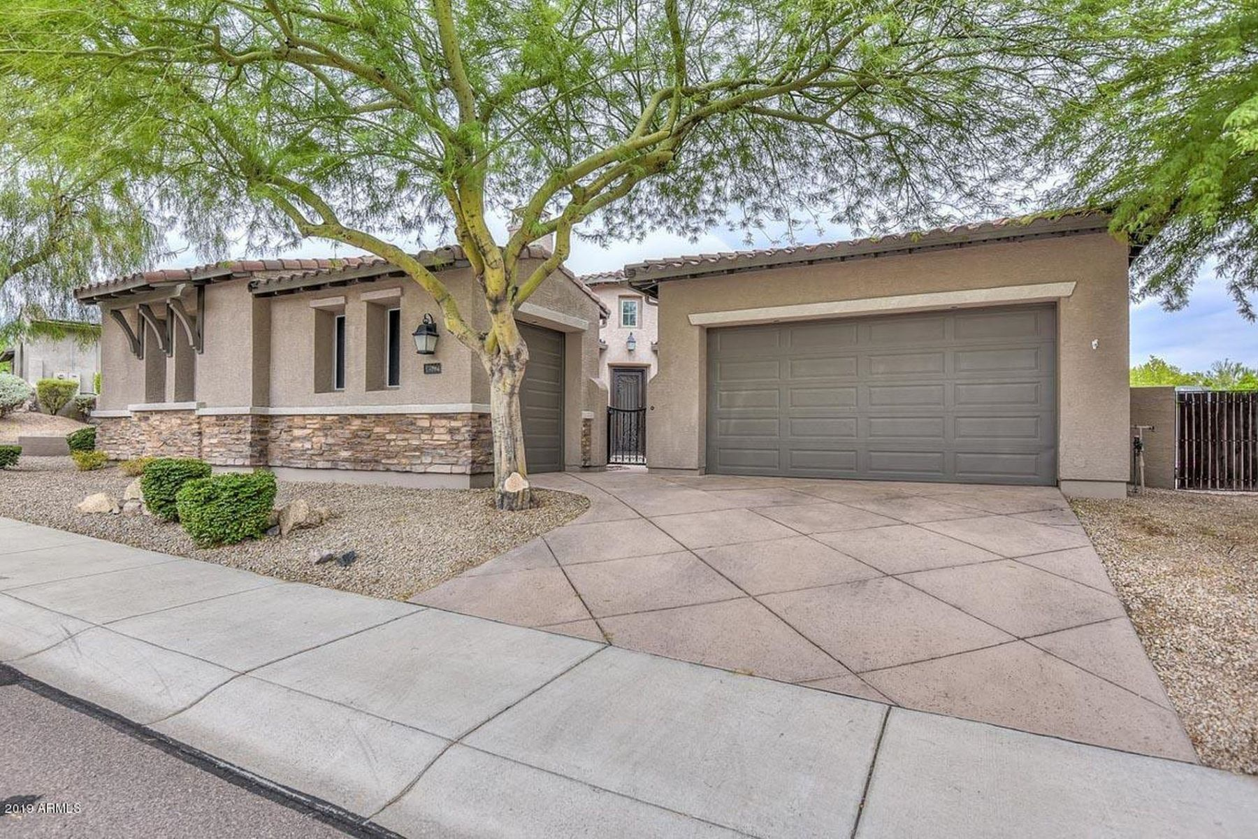 Single Family Homes por un Venta en Westwing Mountain 8572 W Briles Rd Peoria, Arizona 85383 Estados Unidos