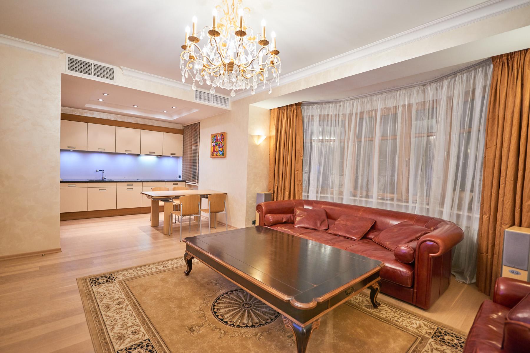 Apartments için Kiralama at Two-level penthouse 184 sq.m. in Tsvetnoy Moscow, Moskova Rusya