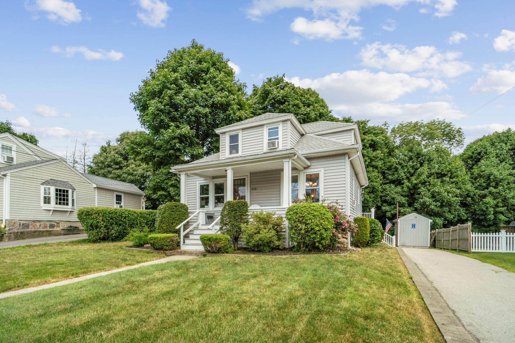 Single Family Homes 为 销售 在 Braintree, 马萨诸塞州 02184 美国
