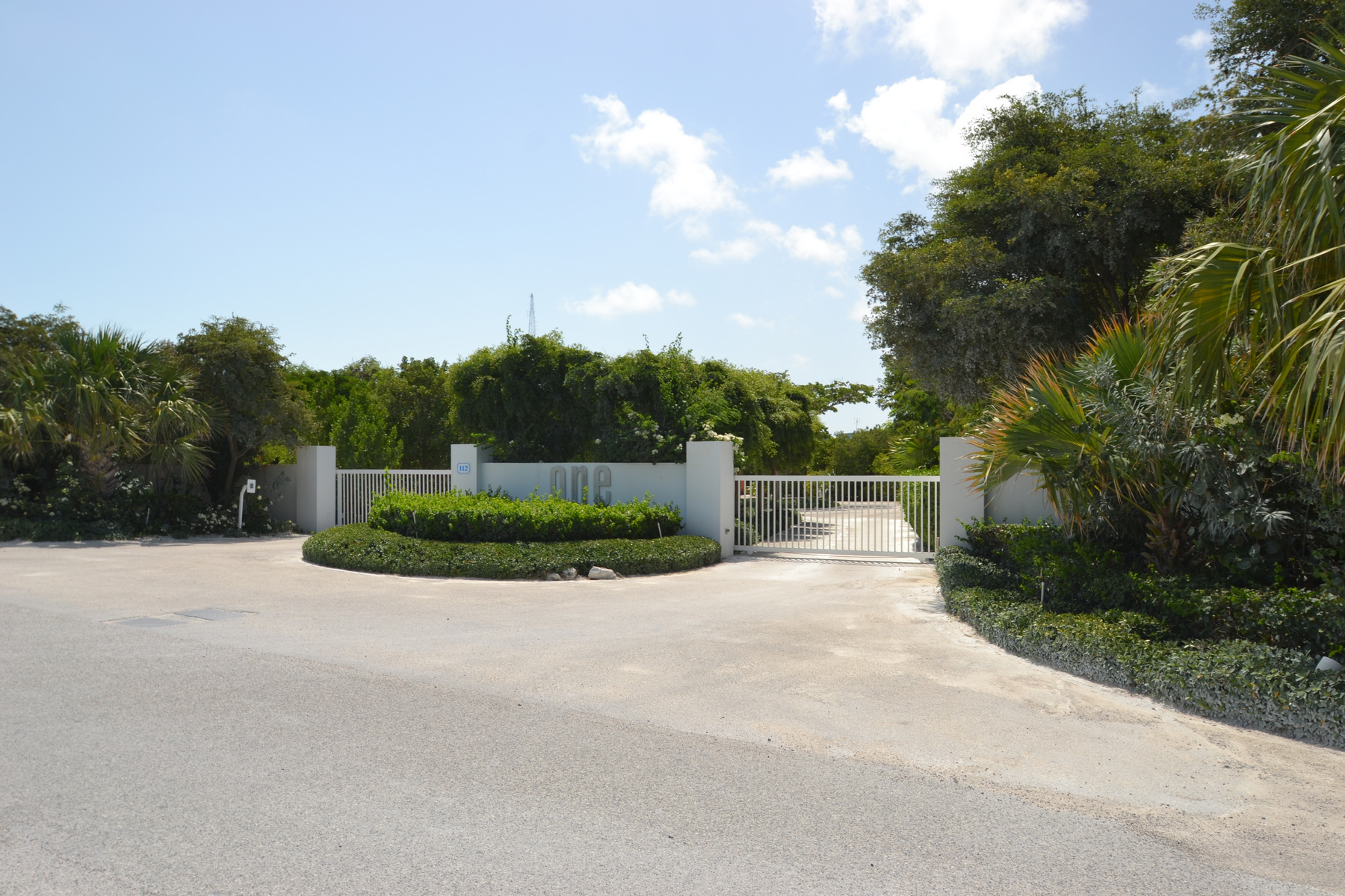 Additional photo for property listing at One Loft - Unit 29 One Loft Thompson Cove, Providenciales TKCA 1ZZ Islas Turcas Y Caicos