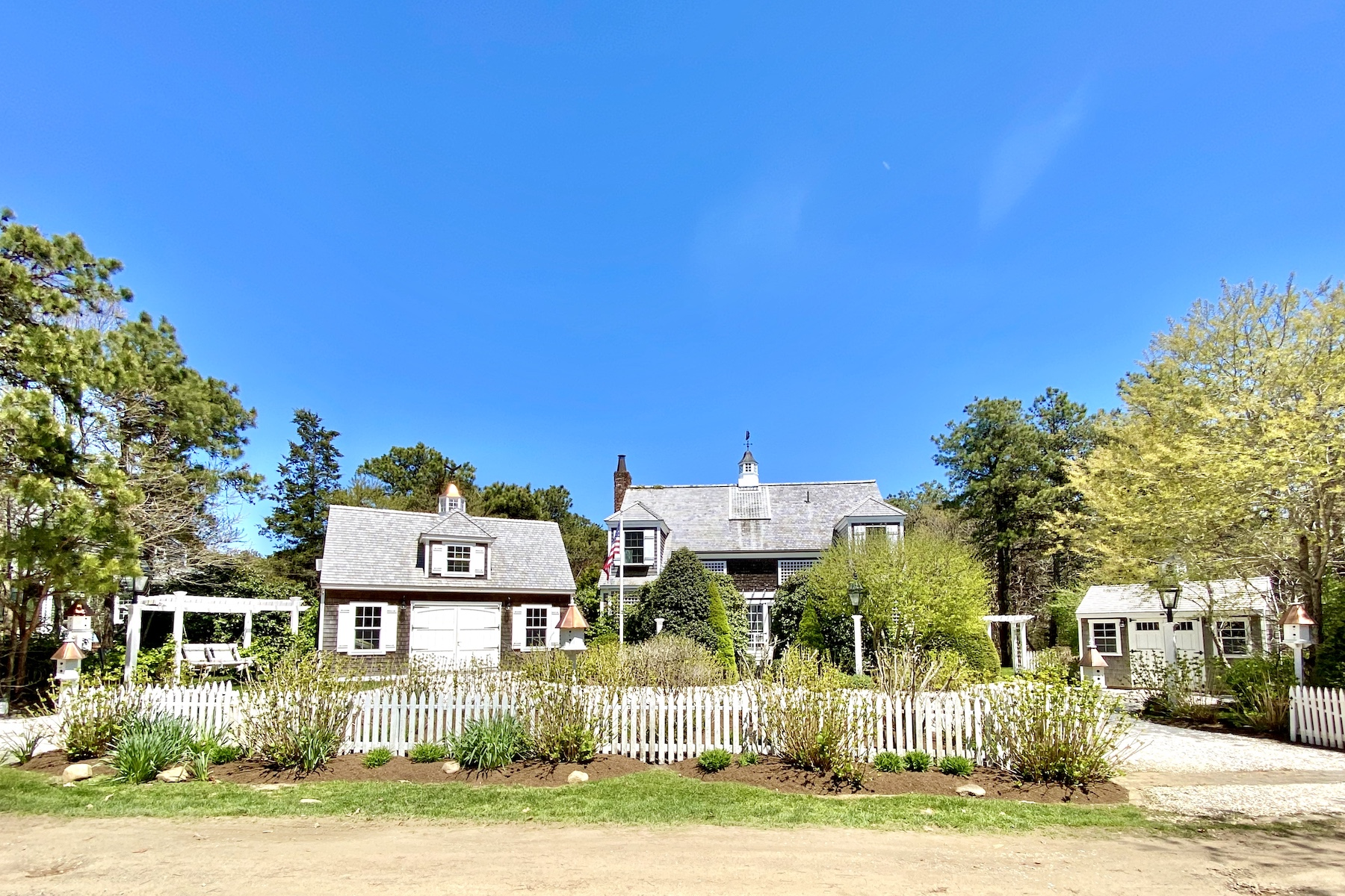 Single Family Homes for Active at Katama Beach House 30 Pradas Way Edgartown, Massachusetts 02539 United States