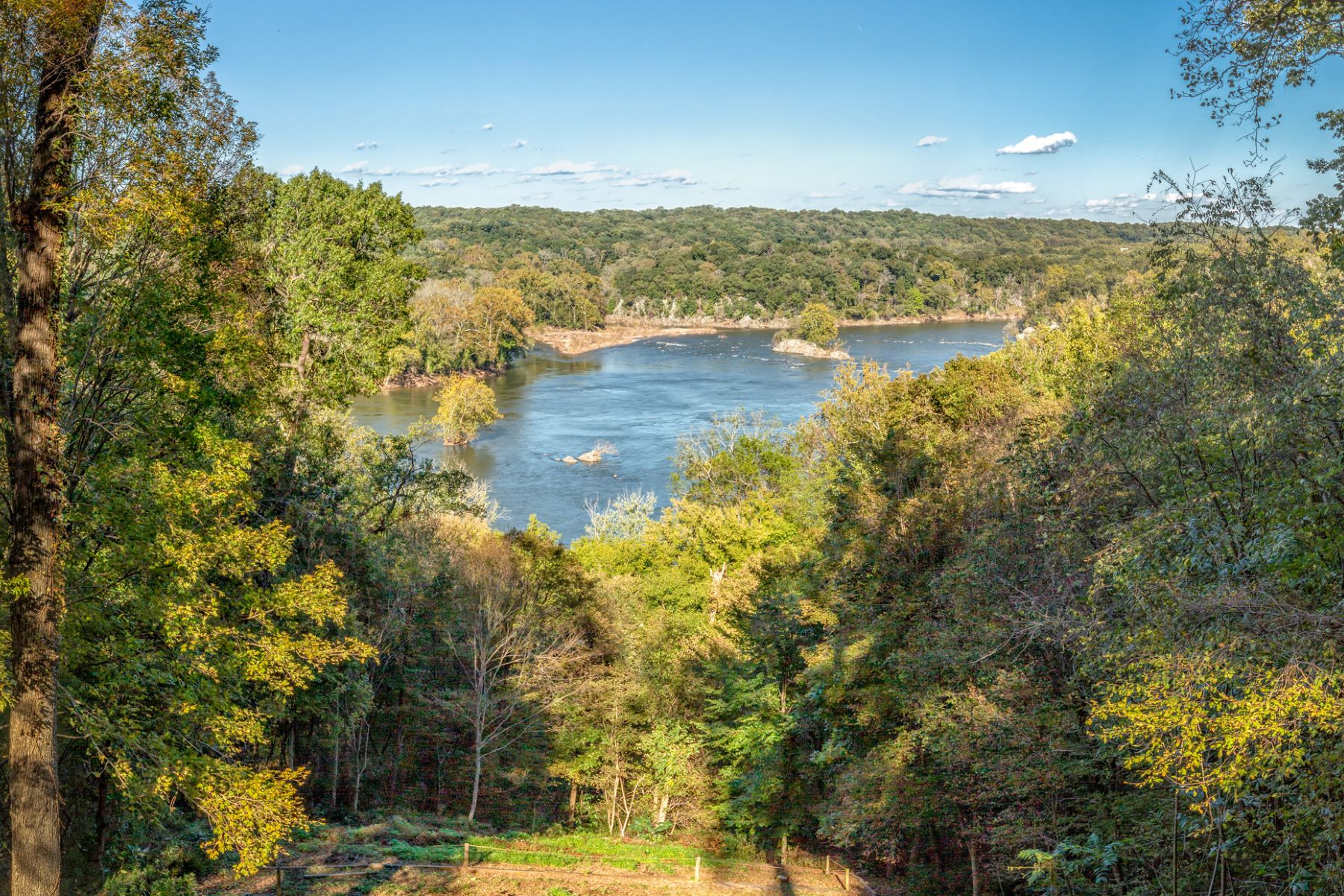 Property for Sale at 701 Bulls Neck Rd 701 Bulls Neck Rd McLean, Virginia 22102 United States
