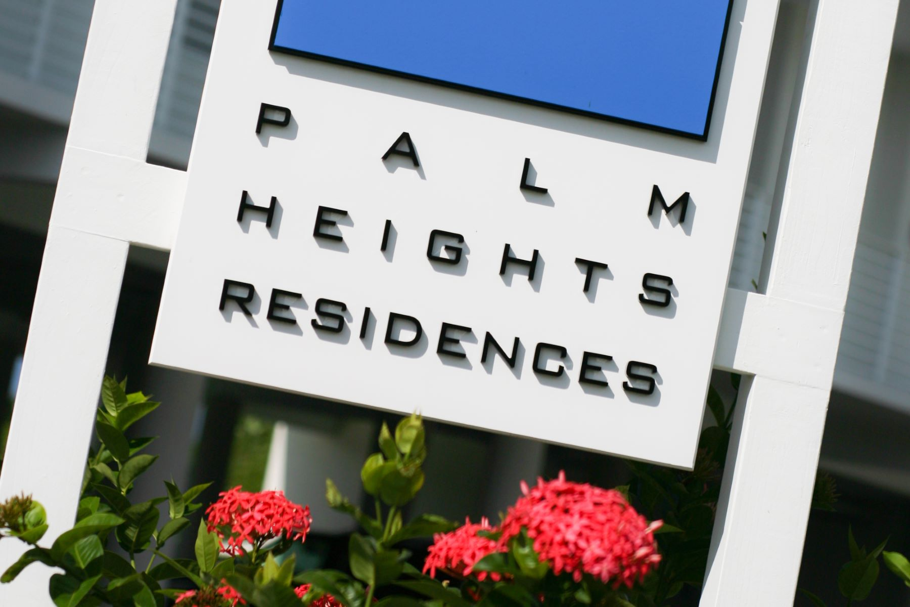 Additional photo for property listing at Palm Heights Residences 斯纳昂港, 大开曼岛 开曼群岛