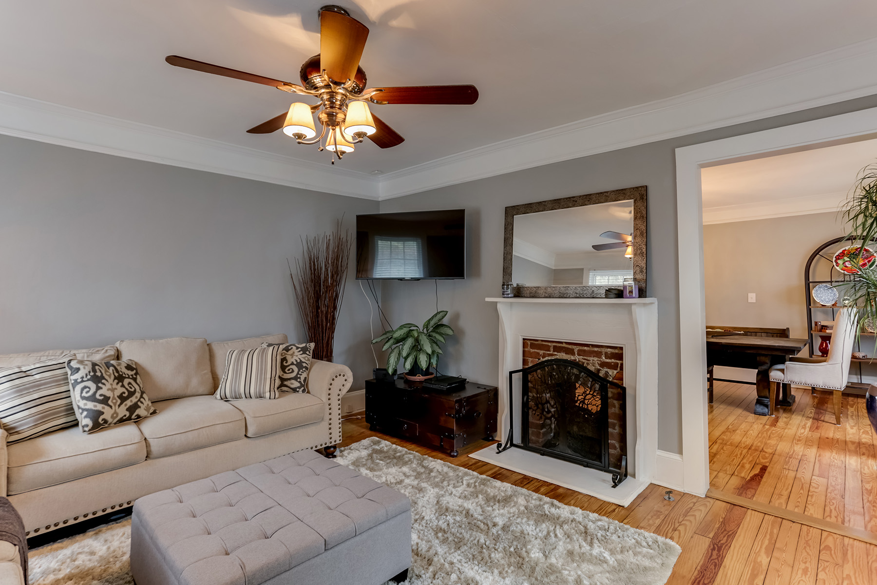 Single Family Home for Sale at Charming Historic Bungalow 2875 Parrott Ave Atlanta, Georgia 30318 United States