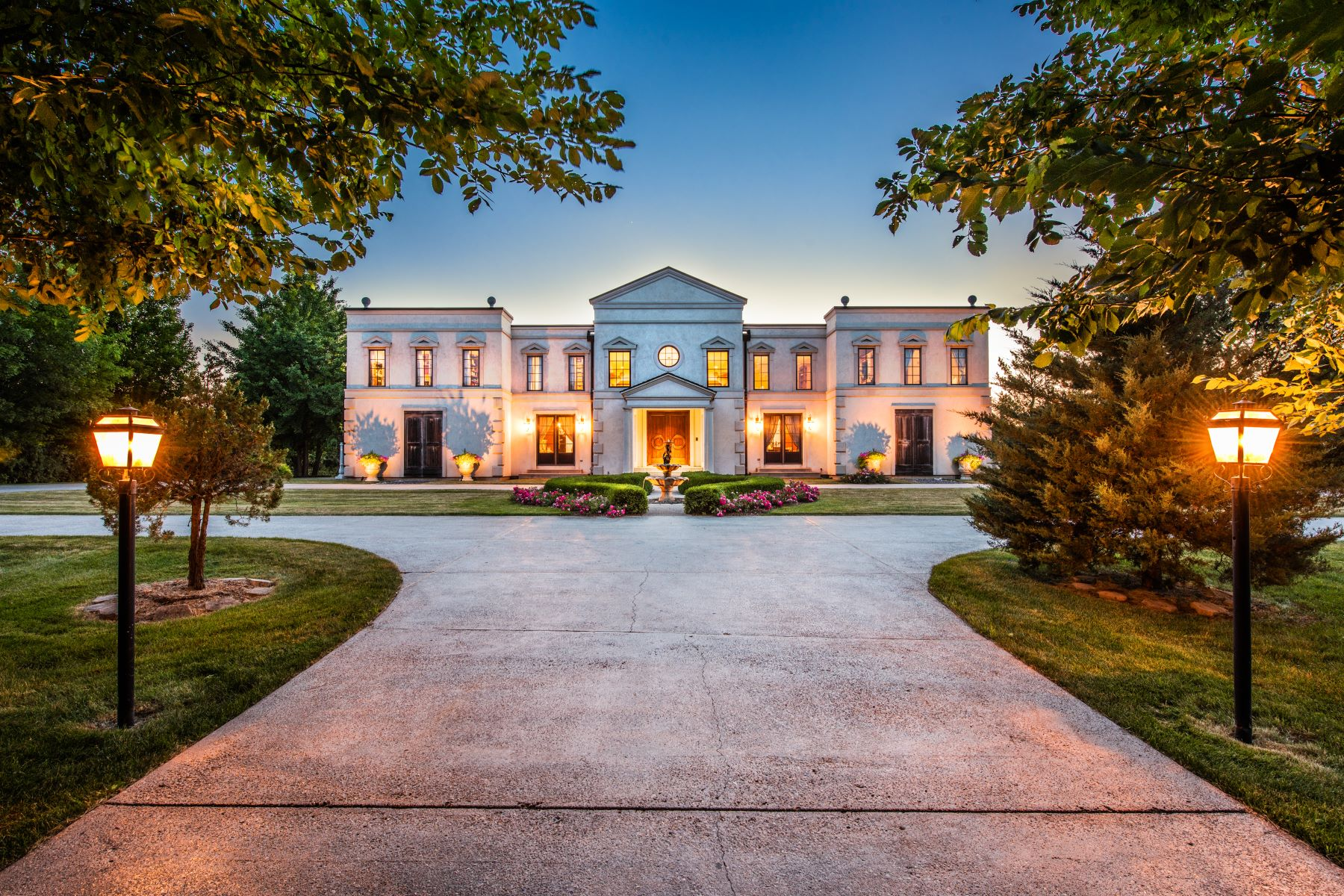 Single Family Home for Sale at Palladian-esque Villa in Illinois 21732 N Old Barrington Road North Barrington, Illinois 60010 United States