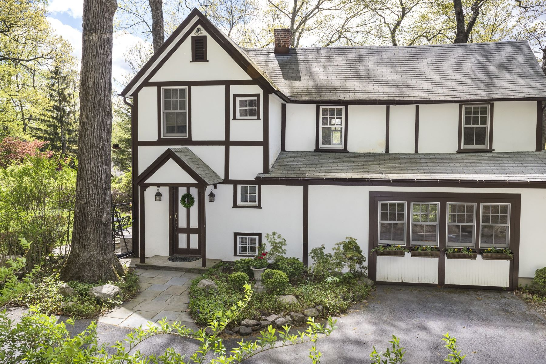 Single Family Home for Sale at English Cottage 2 Stable Road, Tuxedo Park, New York, 10987 United States