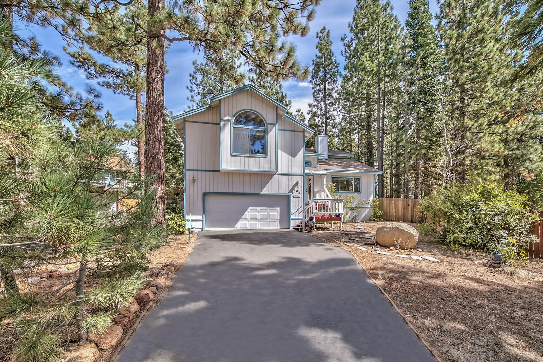 Additional photo for property listing at 307 Chimney Rock Road, Stateline, NV, 89449 307 Chimney Rock Road Stateline, Nevada 89449 United States