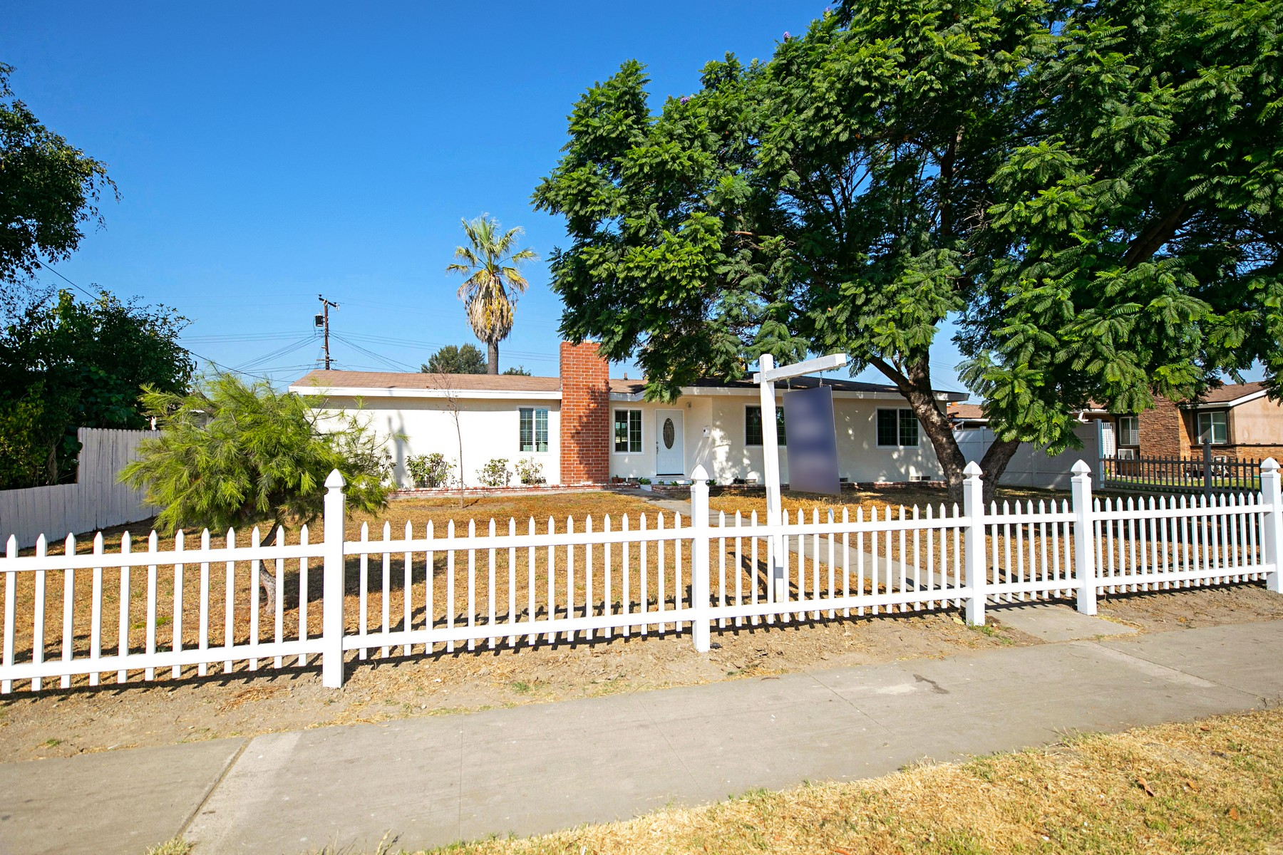 Single Family Homes for Sale at 2665 Cerritos Avenue 2665 W Cerritos Avenue Anaheim, California 92804 United States