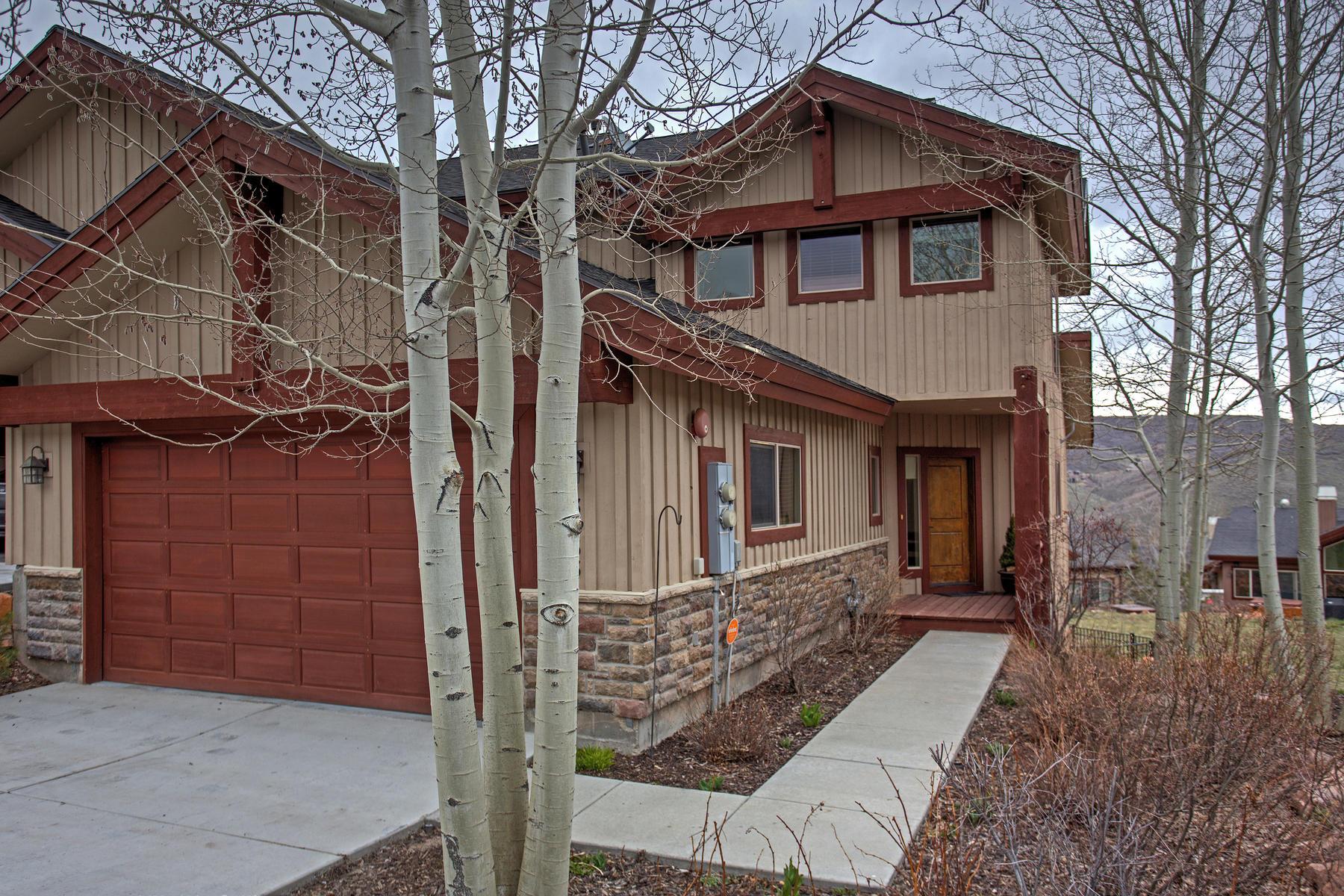 タウンハウス のために 売買 アット Exceptionally Popular Cedar Ridge Townhome 3433 W Cedar Dr #76 Park City, ユタ, 84098 アメリカ合衆国