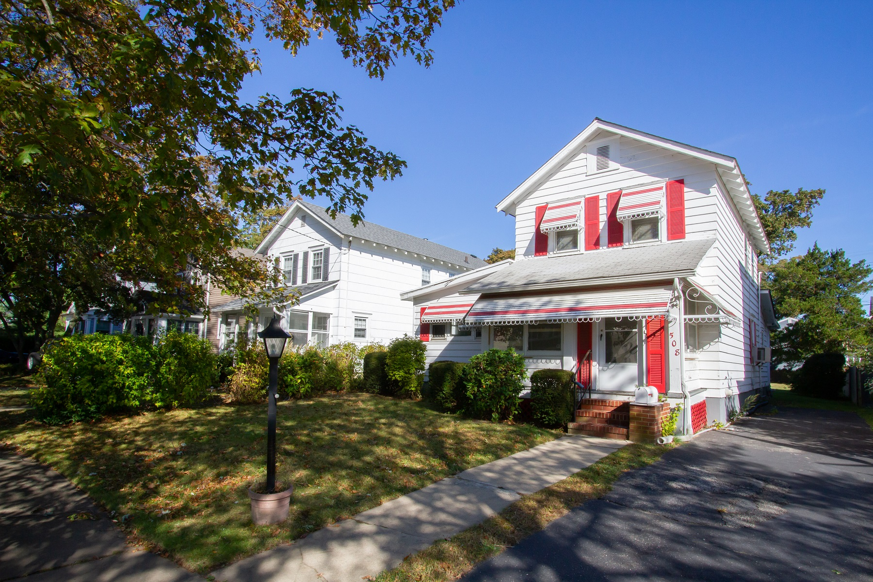 Single Family Homes for Sale at 508 Essex Avenue Spring Lake, New Jersey 07762 United States