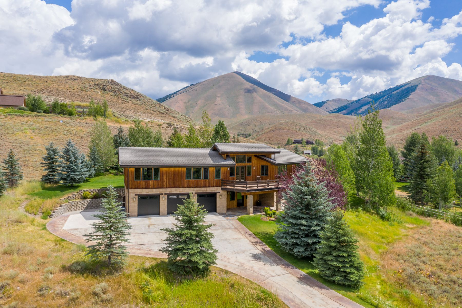 Single Family Homes for Sale at Top of the World Views 106 Sitting Bull Drive Hailey, Idaho 83333 United States