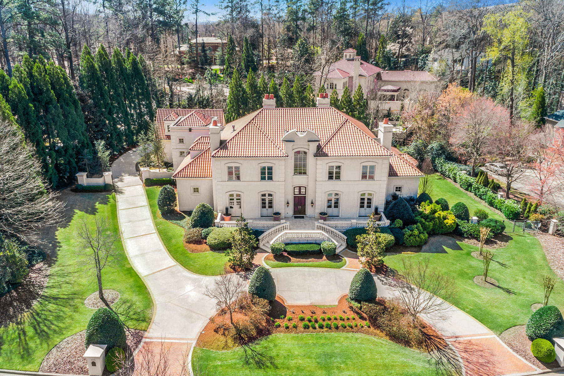 Casa Unifamiliar por un Venta en Gorgeous European-Inspired Buckhead Estate 4143 Randall Ct, Buckhead, Atlanta, Georgia, 30327 Estados Unidos