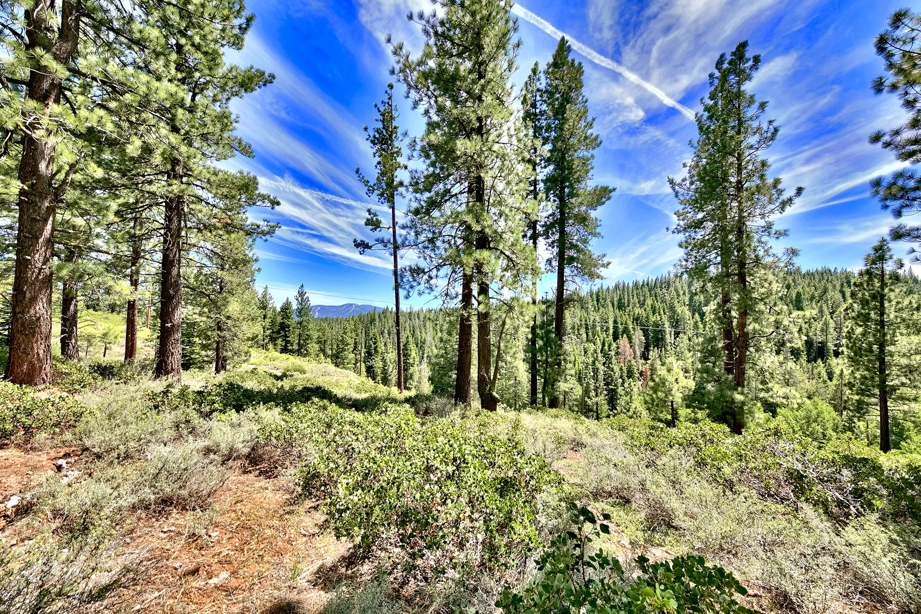 Land for Active at Unique 8.0 acre 11270 Trails End Truckee, California 96161 United States