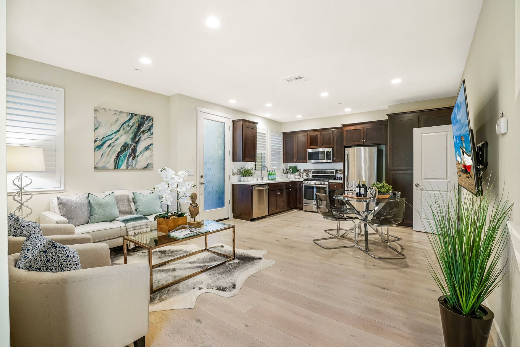 townhouses for Sale at Beautiful, Bright Townhome 172 Tilton Avenue #16 San Mateo, California 94401 United States