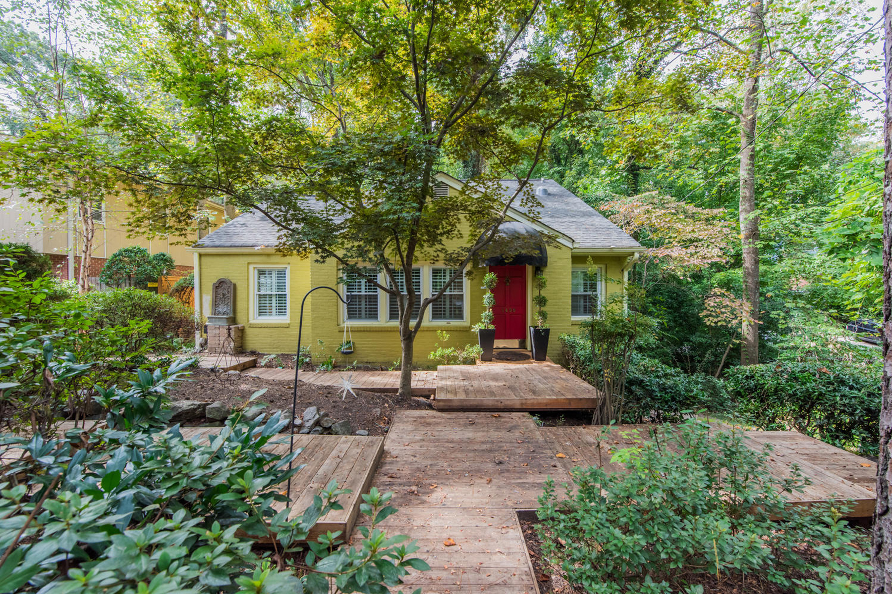 Single Family Home for Sale at Classic Morningside Bungalow 1490 Wessyngton Road NE Atlanta, Georgia 30306 United States