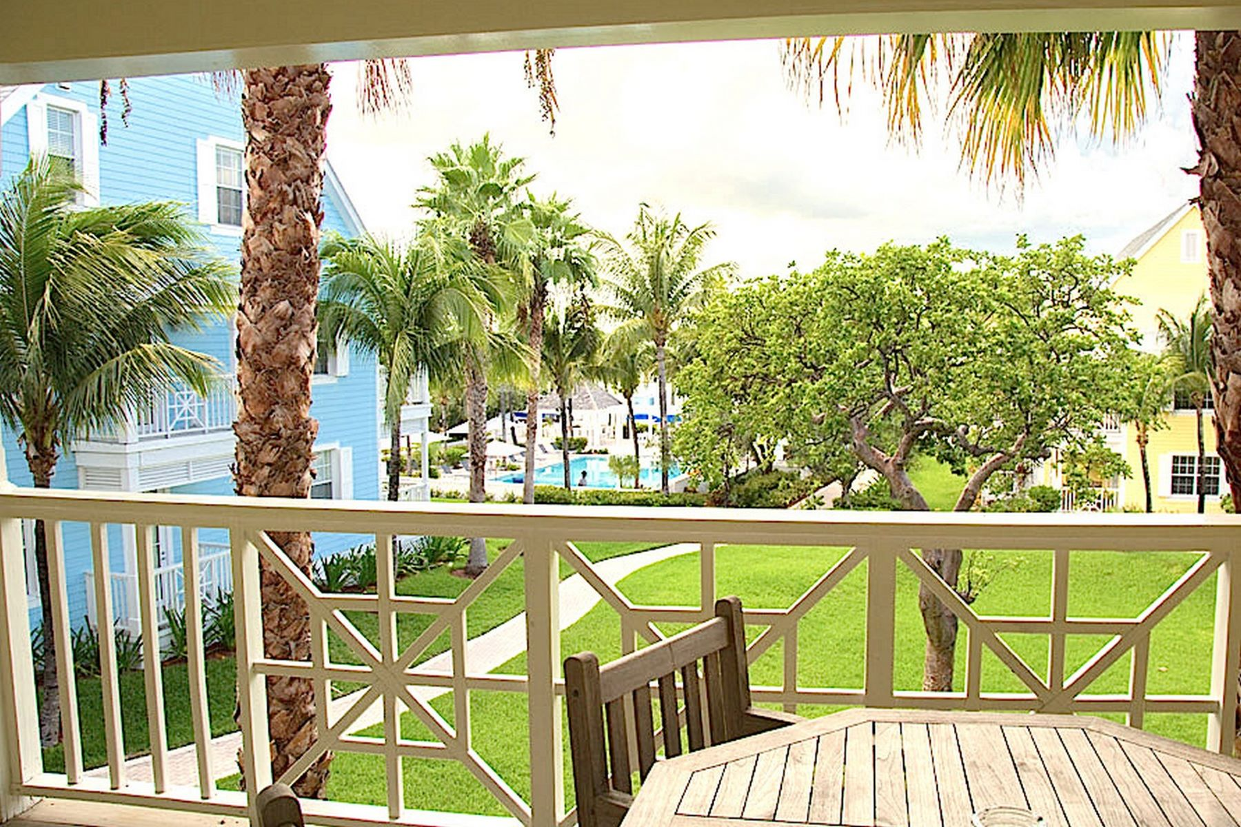 Additional photo for property listing at Valentine's Resort Townhouse Harbour Island, Eleuthera Bahamas