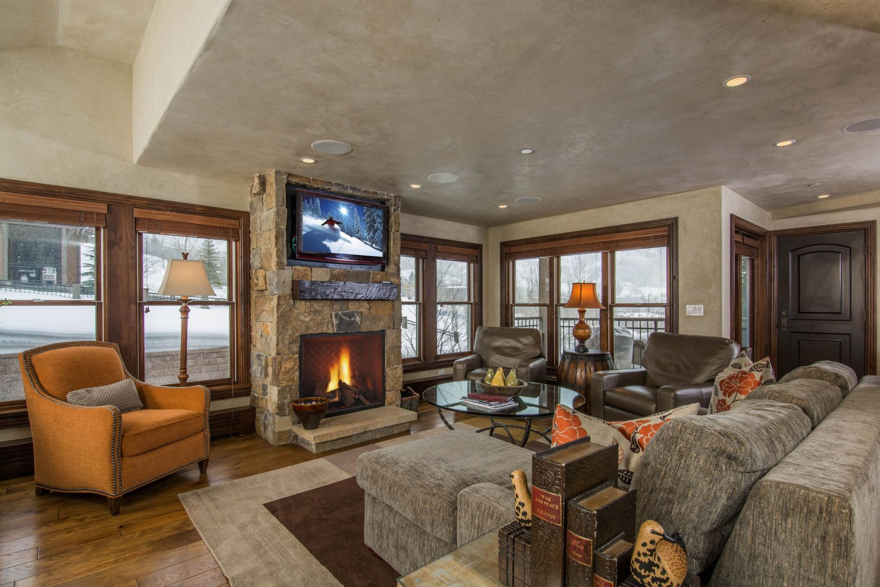 Condominium for Sale at As Nice as They Come! 425 Wood Road Unit 41 Snowmass, Colorado, 81615 United States