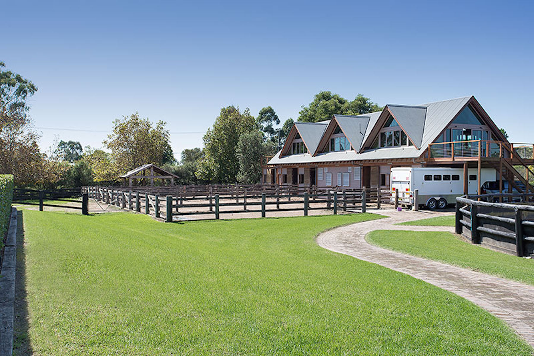 Ferme / Ranch / Plantation pour l Vente à 394 Wyong Road, Duffy's Point Sydney, New South Wales, 2611 Australie