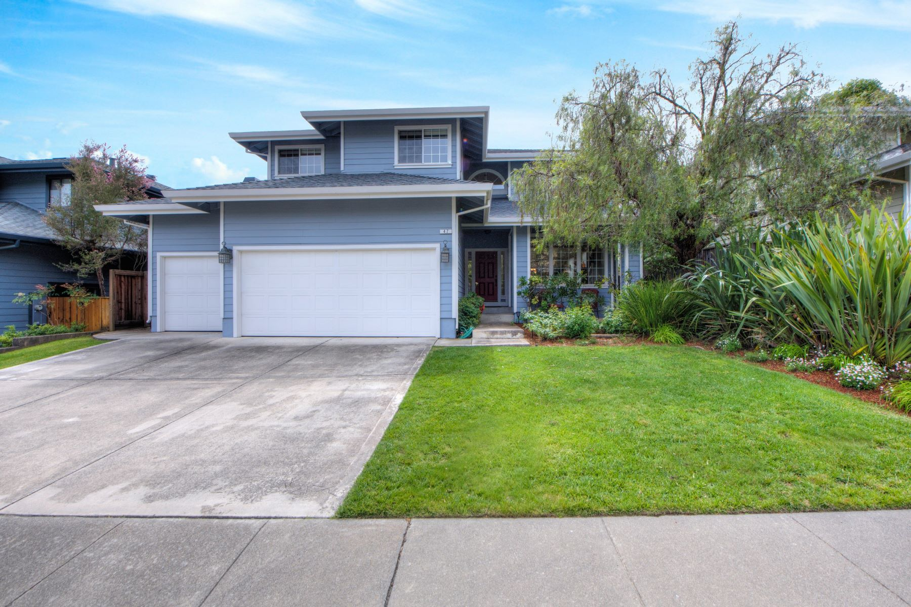 Single Family Home for Sale at Views to Die For in Ignacio Valley! 47 Aaron Drive Novato, California 94949 United States