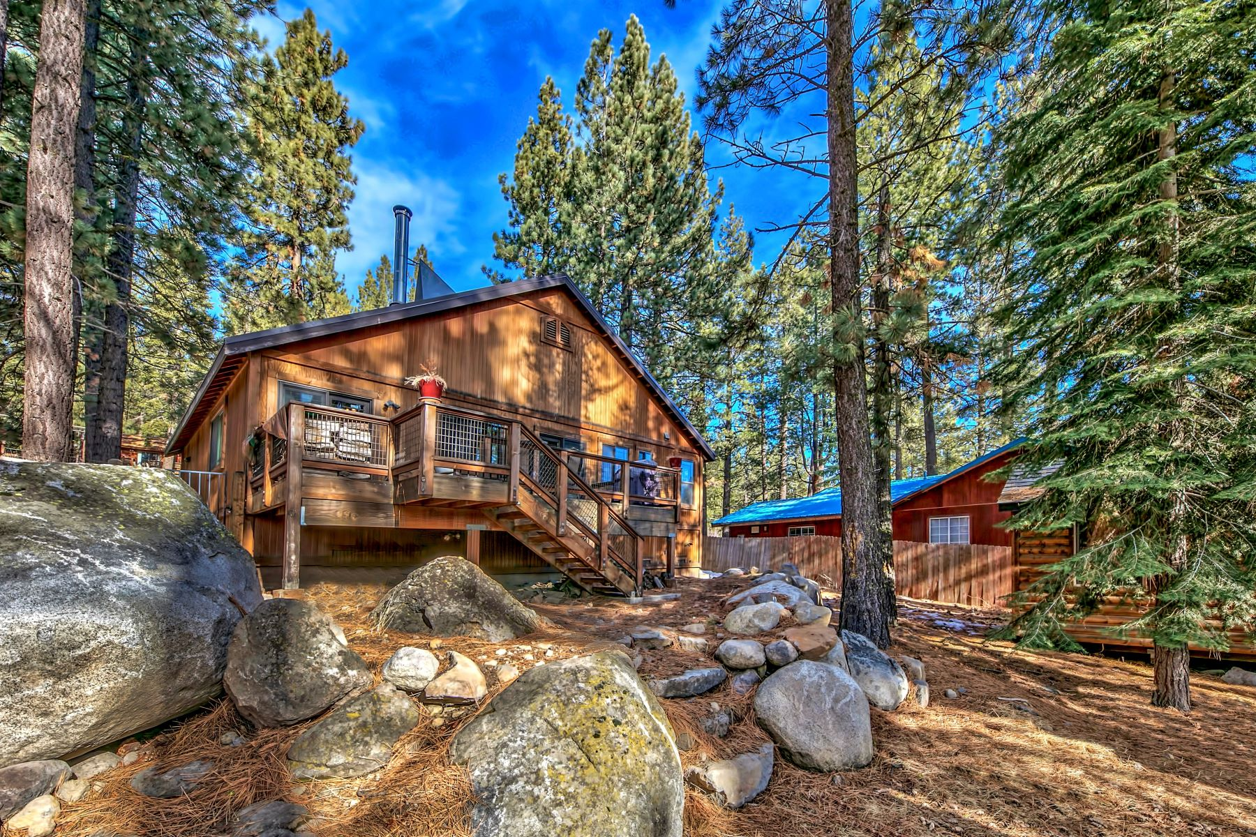 Single Family Home for Active at 12161 East Sierra Drive, Truckee, CA 12161 E Sierra Drive Truckee, California 96161 United States