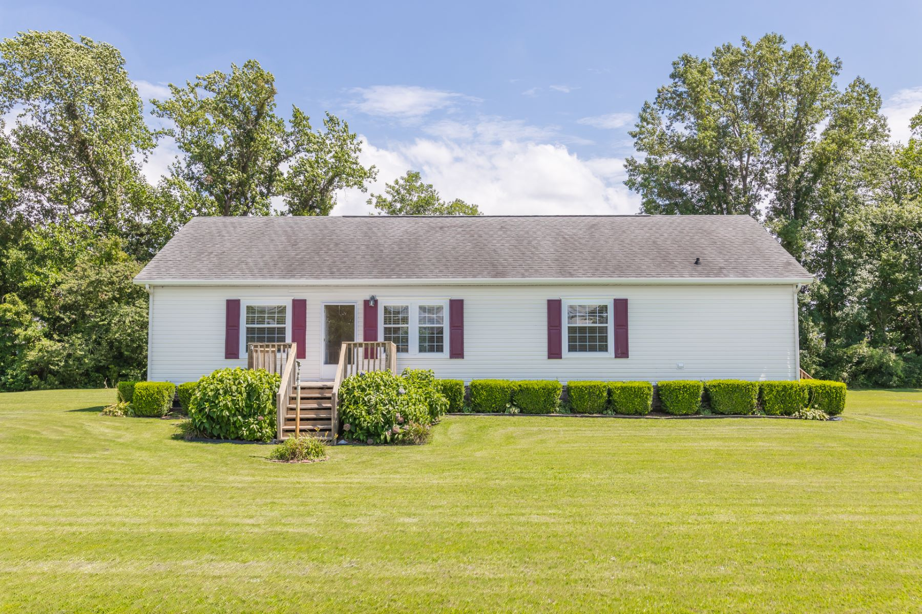 Single Family Homes for Active at Everett Acres 103 Alfred Court Poplar Branch, North Carolina 27965 United States