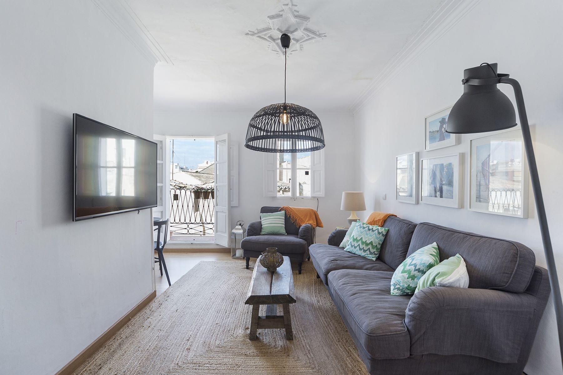 Частный односемейный дом для того Продажа на Charming apartment in Old Town, Palma Other Spain, Другие Регионы В Испании, Испания