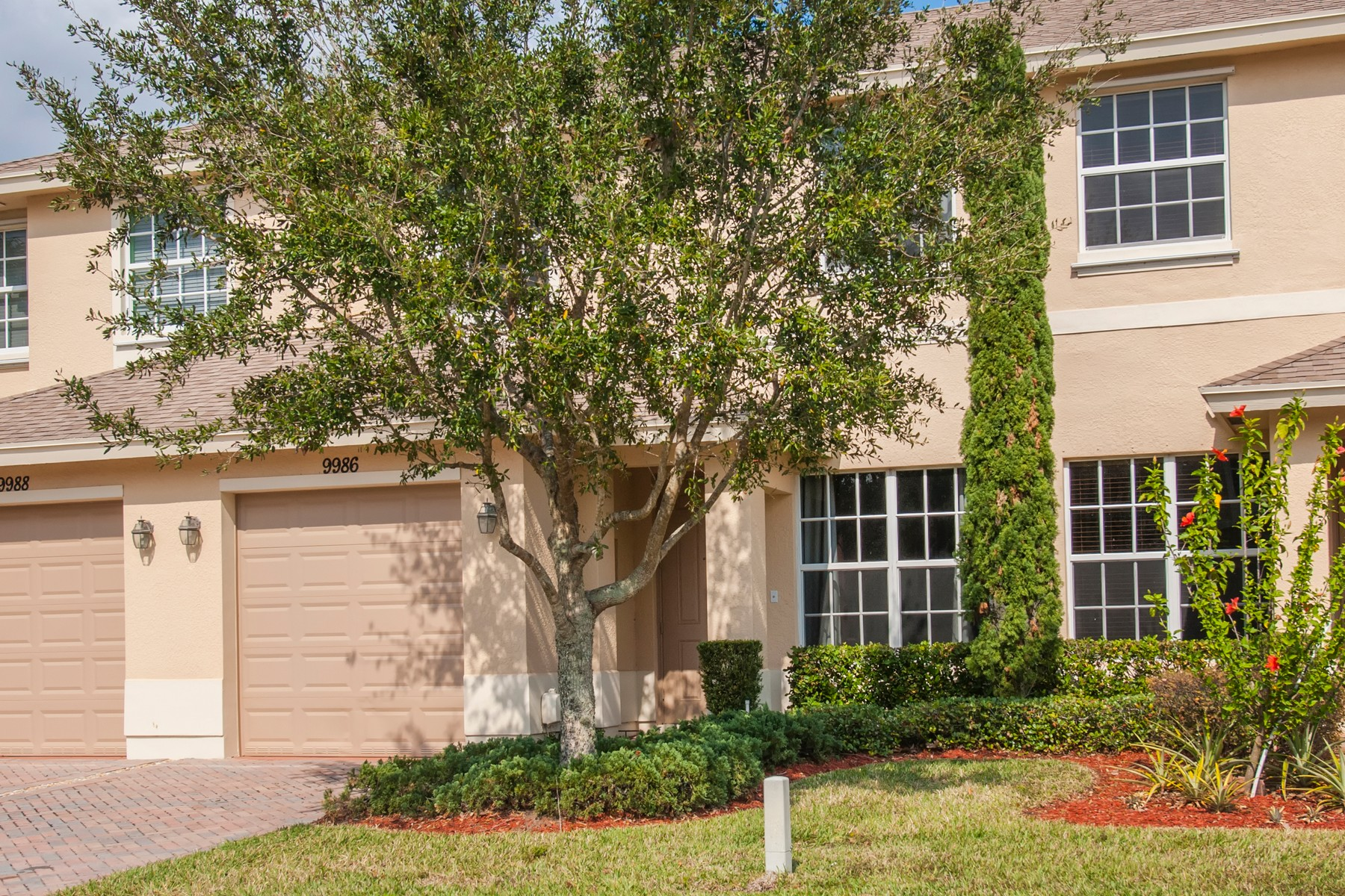 Single Family Homes 용 임대 에 Exceptional Townhome 9986 E Villa Cir Vero Beach, 플로리다 32966 미국