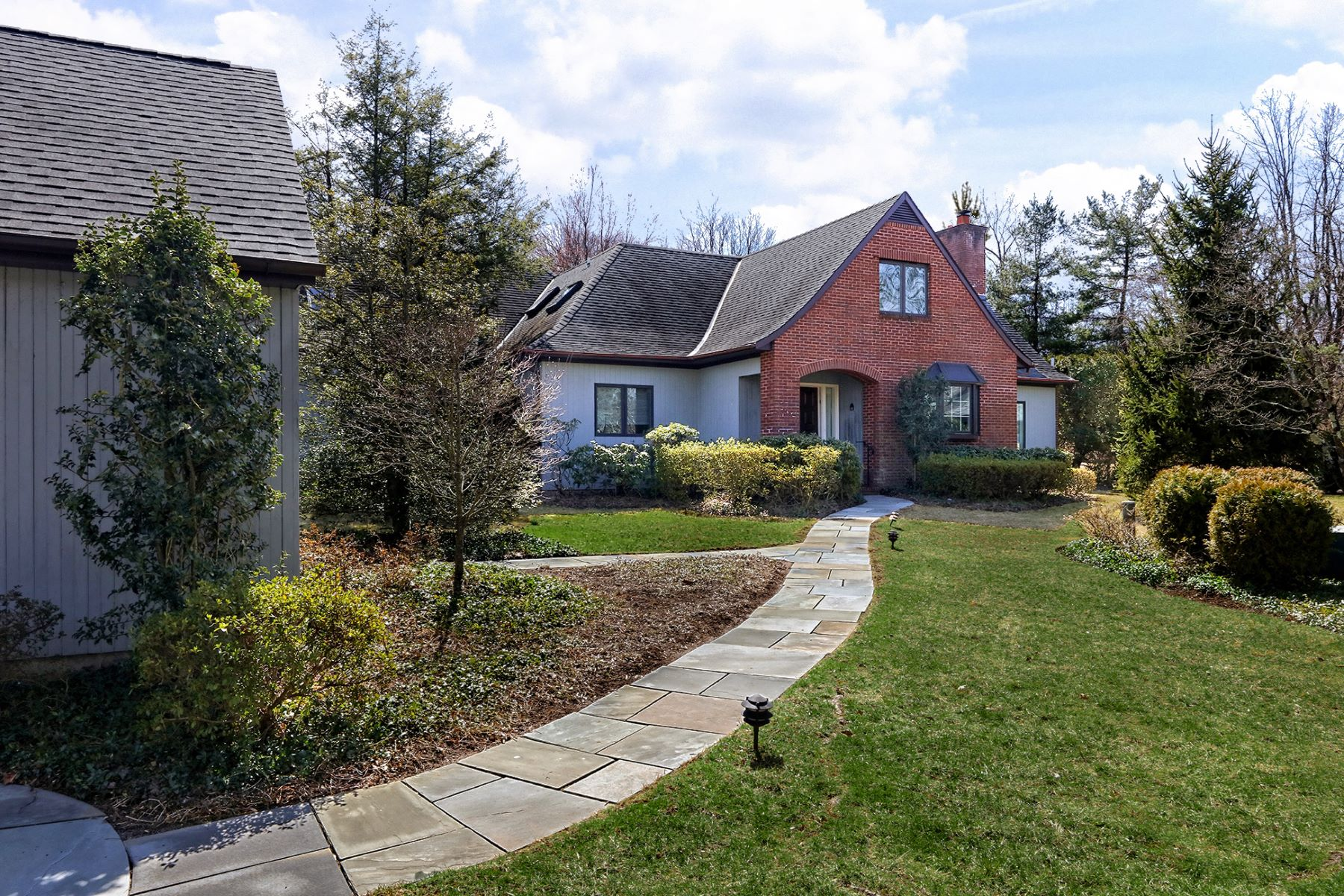 Single Family Home for Sale at One of the Largest Floorplans in Constitution Hill 41 Constitution Hill West, Princeton, New Jersey 08540 United StatesMunicipality: Princeton